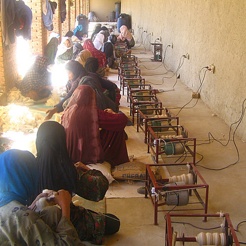 The wool for the rugs was also spun in Afghanistan. Photo: Label STEP