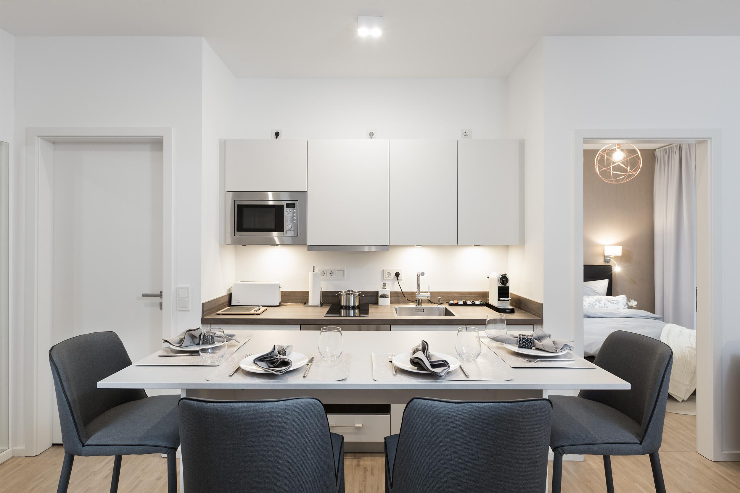 re-vamp+möbliertes+Mikropapartment+WE+145+Küche.jpg