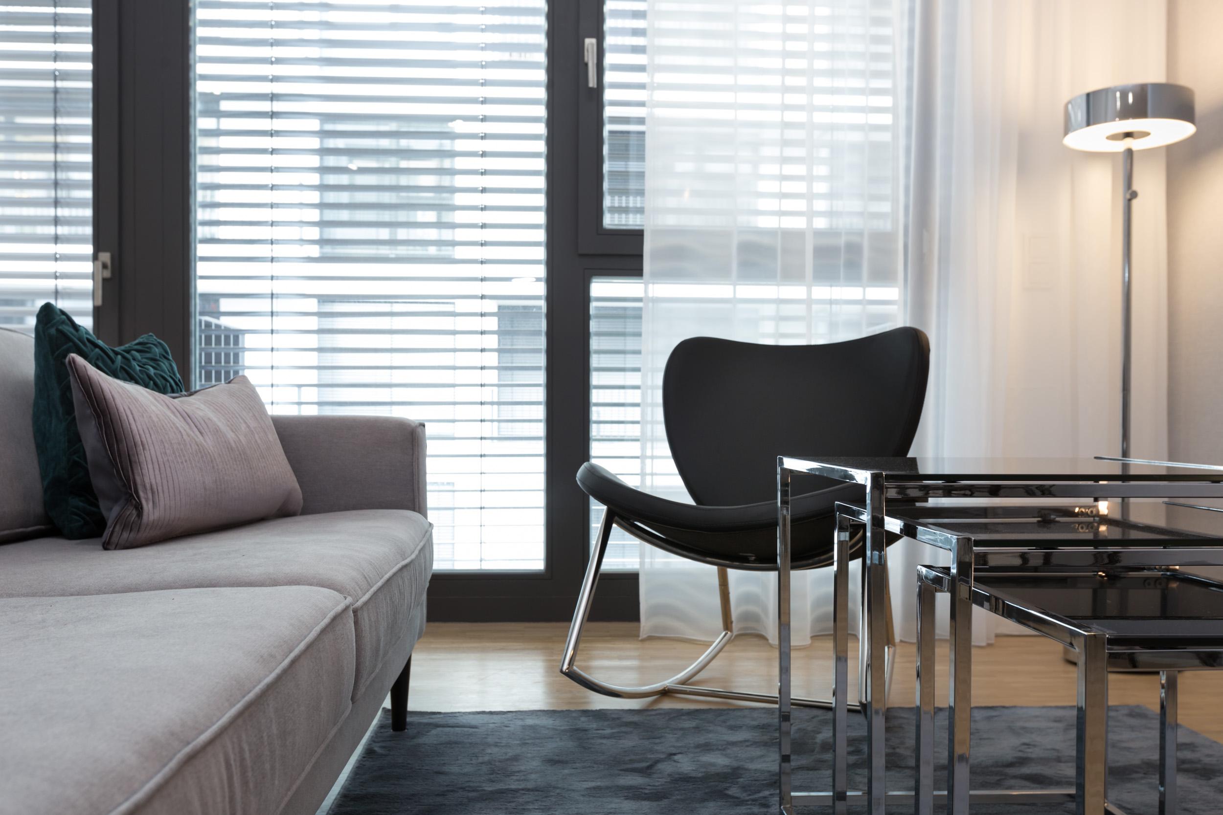 re-vamp+möbliertes+Mikropapartment+WE+157+Wohnzimmer2.jpg