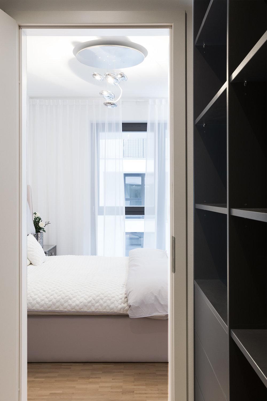 re-vamp+möbliertes+Mikropapartment+WE+169+Schlafzimmer.jpg