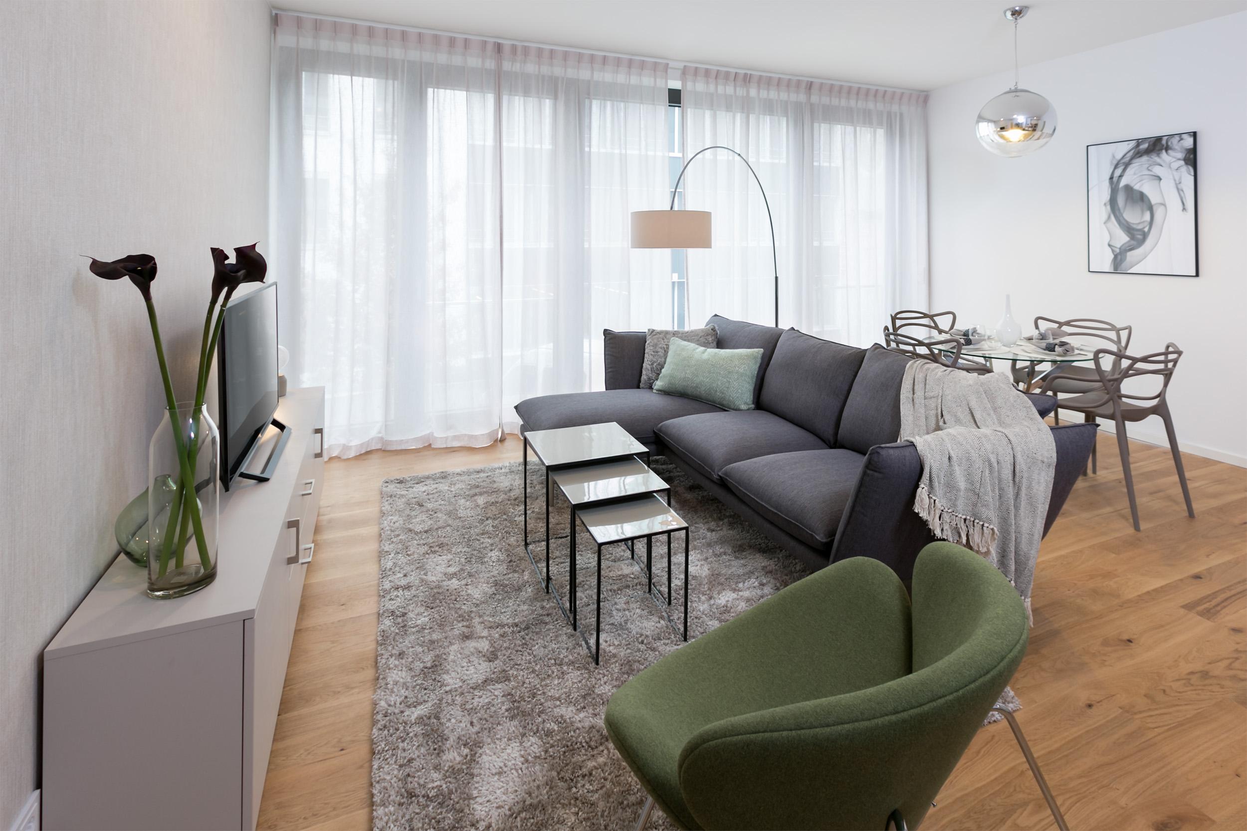 re-vamp+möbliertes+Mikropapartment+WE+221+Wohnzimmer2.jpg
