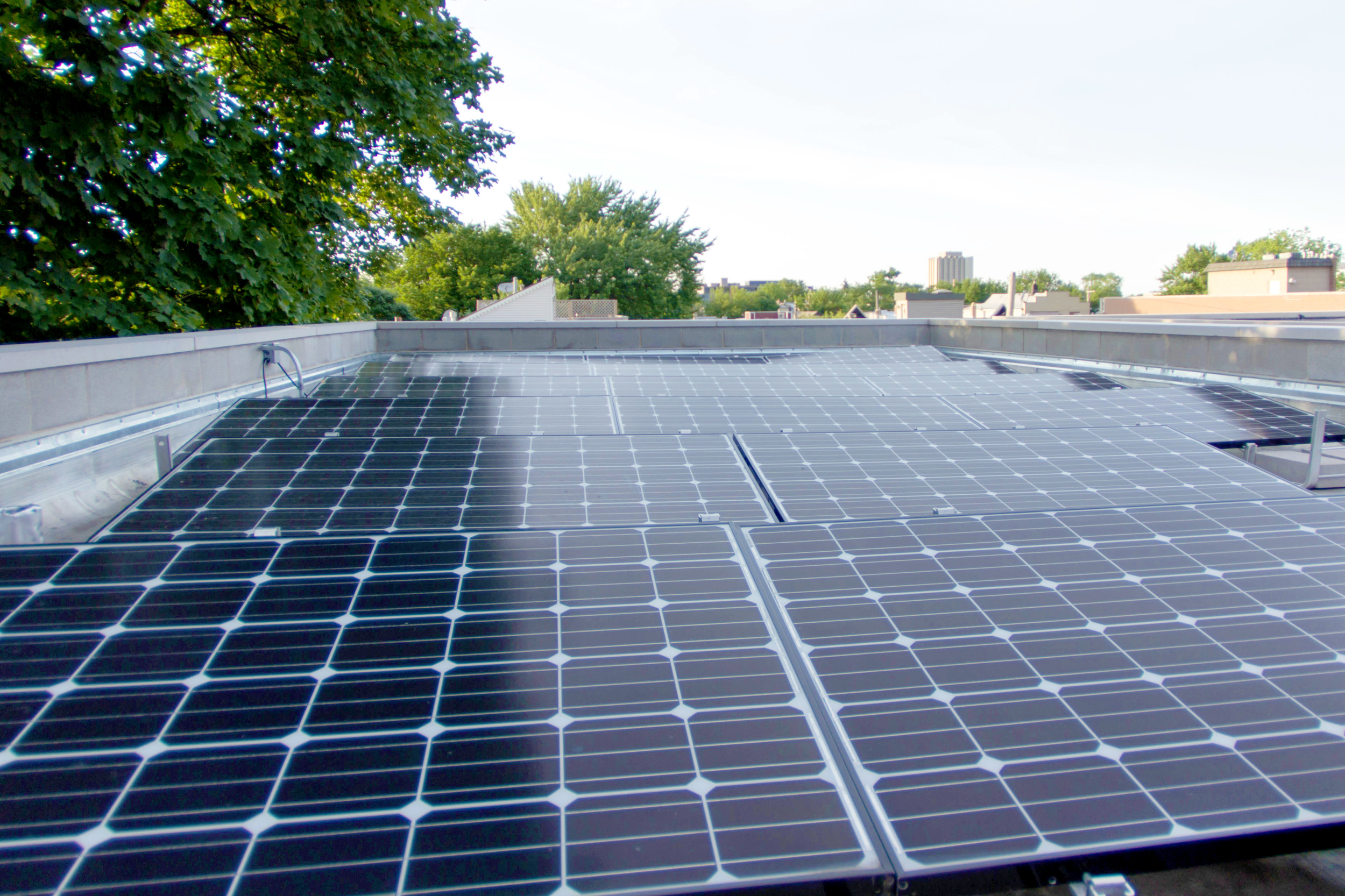 2440 West Ohio Chicago Exterior Roof Solar Panels TARIS Real Estate