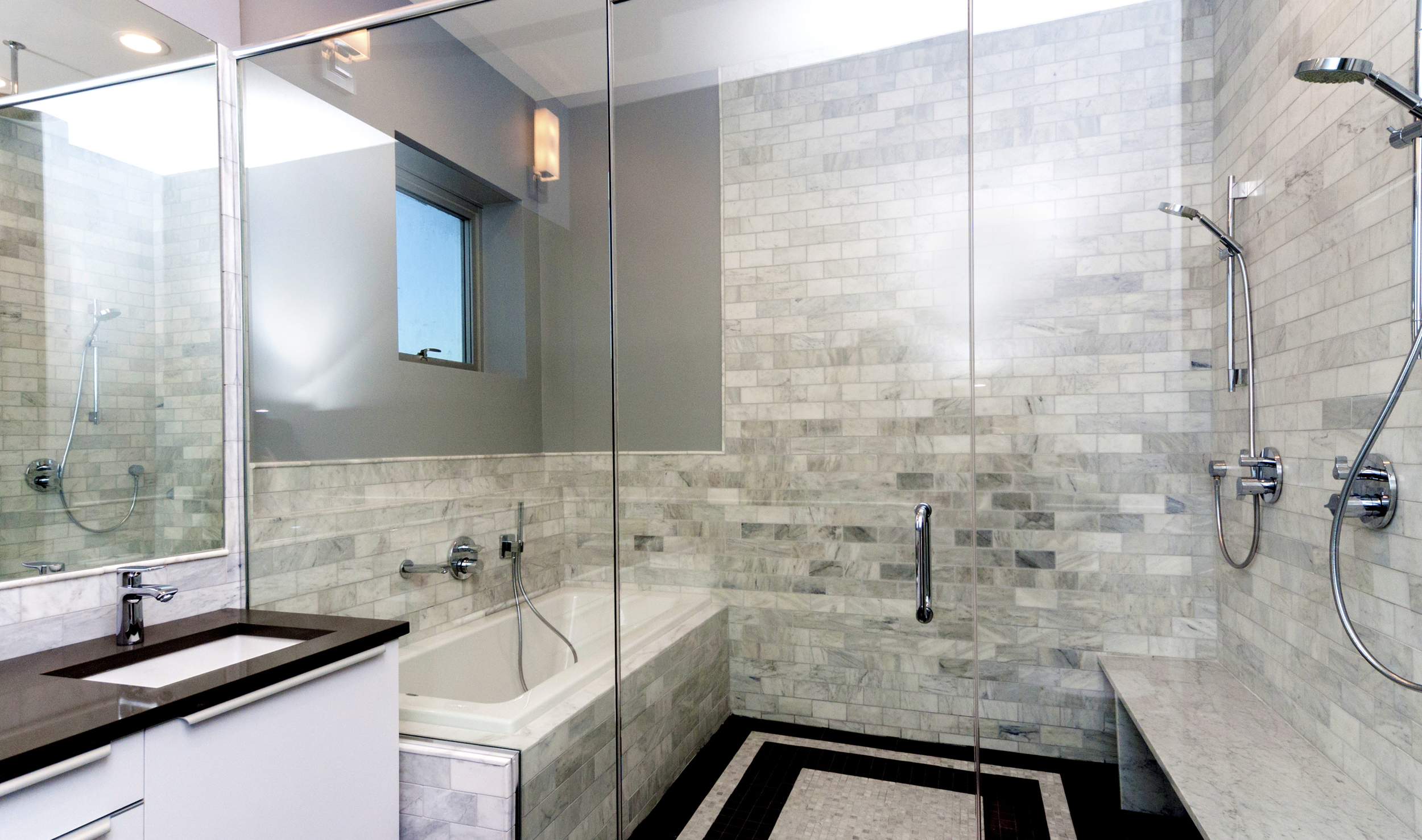 1000 North Damen Chicago Illinois Interior Bathroom TARIS Real Estate