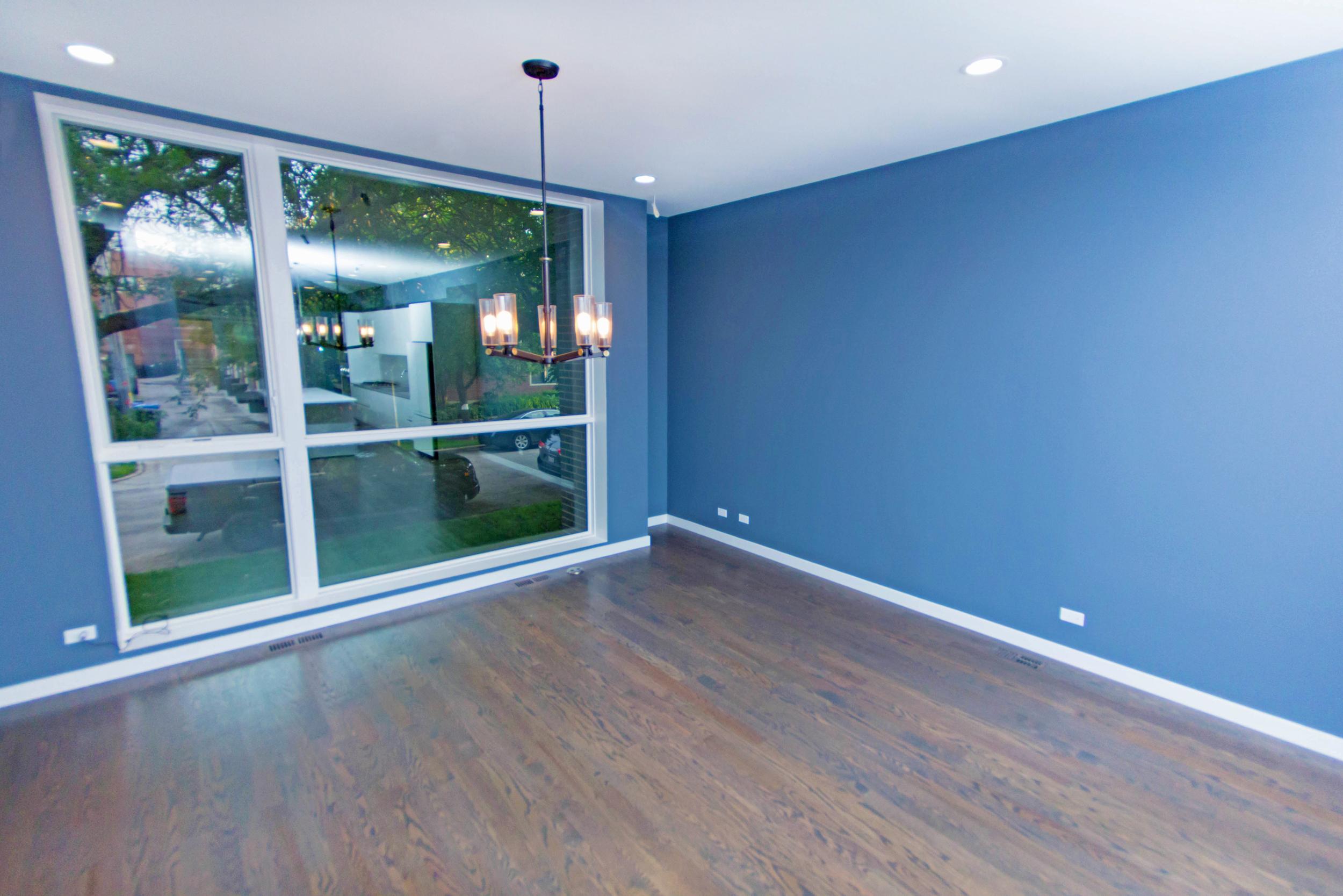 2440 West Ohio Chicago Interior Dining Room TARIS Real Estate