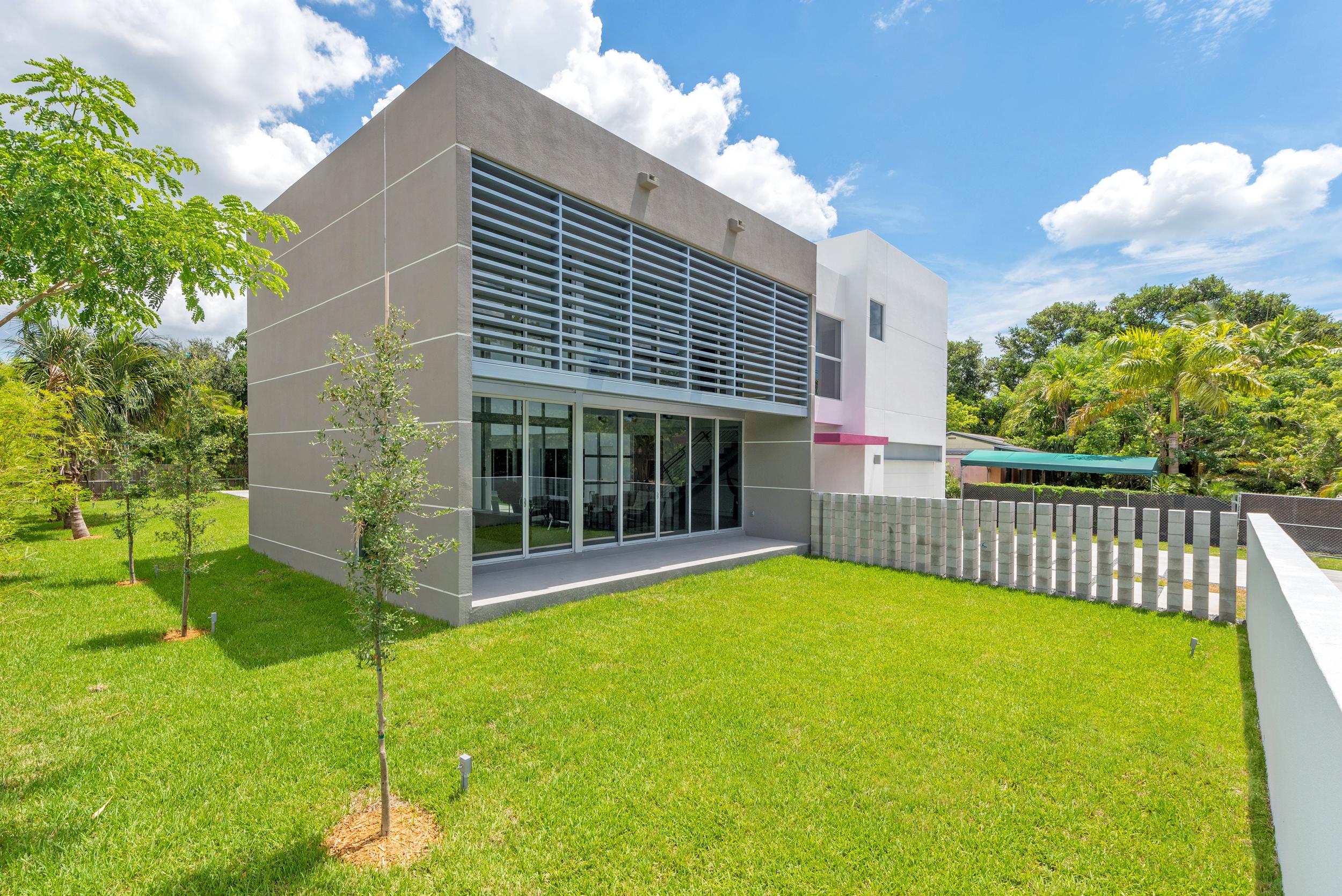 The Setting Homes Plum House Miami Florida Exterior TARIS Real Estate