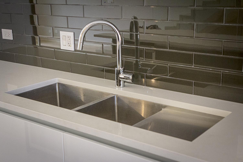 2442 West Ohio Chicago Interior Kitchen Sink TARIS Real Estate