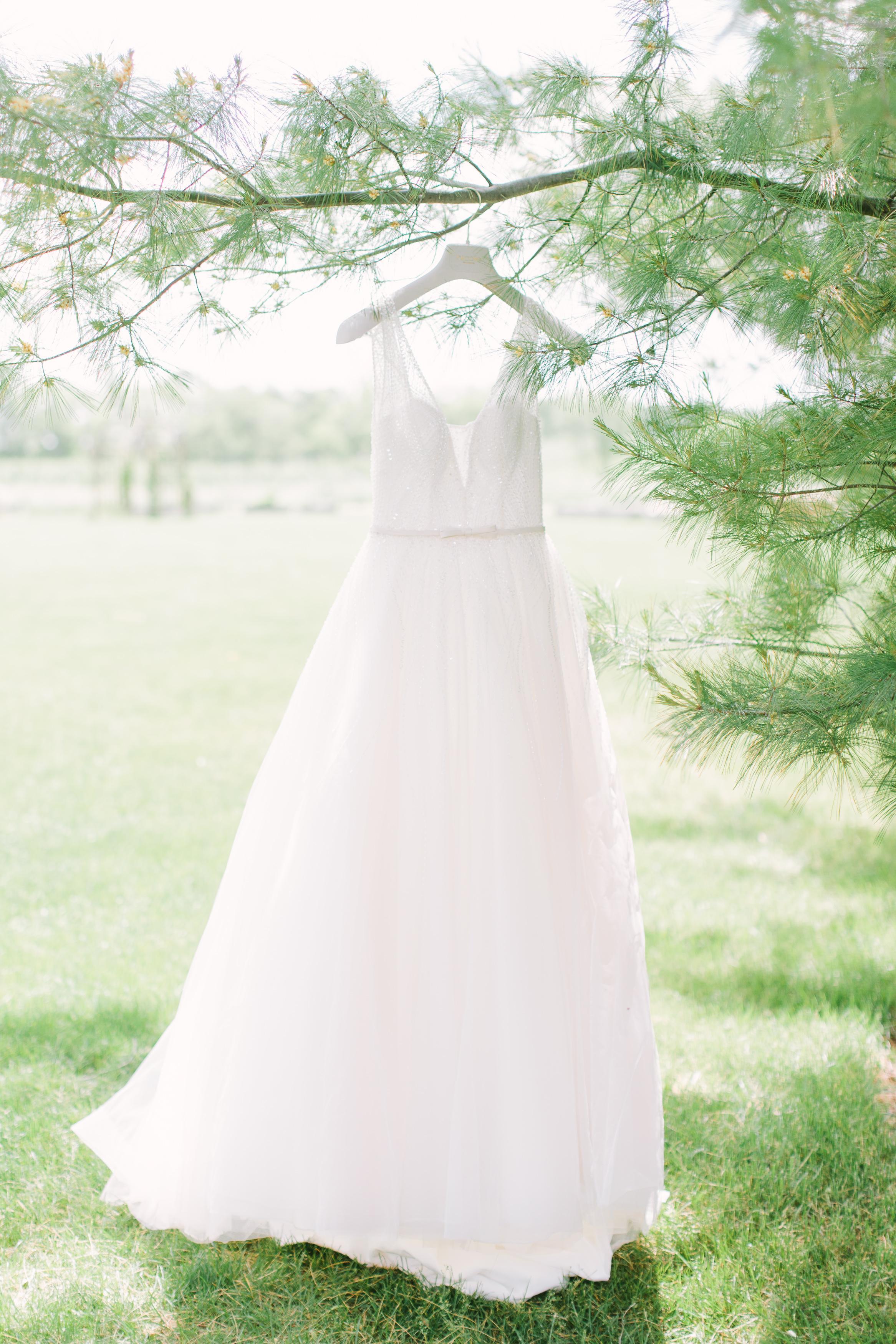 Nicodem Creative_Blog_Leung Wedding_The Pavilion at Orchad Ridge Farms_Rockton Illinois-3.jpg