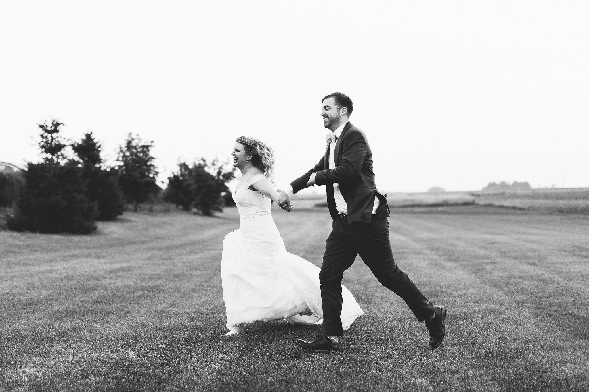 Nicodem-Creative-Wedding-Photography-Champaign-University-of-Illinois-Inspiration-Pear-Tree-Estate-Illini-Hillary-Rae-Events-Flowers-by-Kristine-Meg-and-Matt