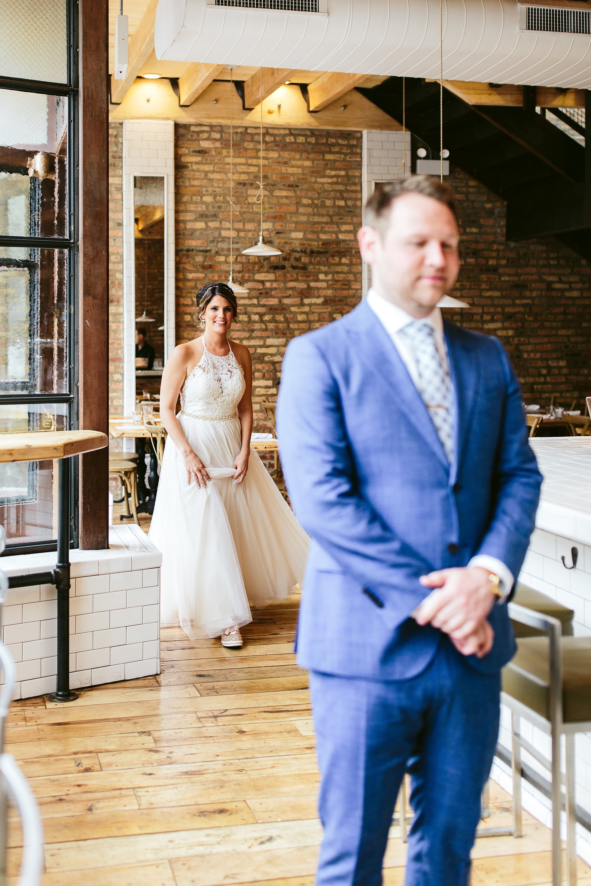 Nicodem-Creative-Wedding-Photography-Sean-Rebby-Ignite-Glass-Studios-Chicago-Inspiration-Style-Matters-Life-In-Bloom-Premier-Trolley