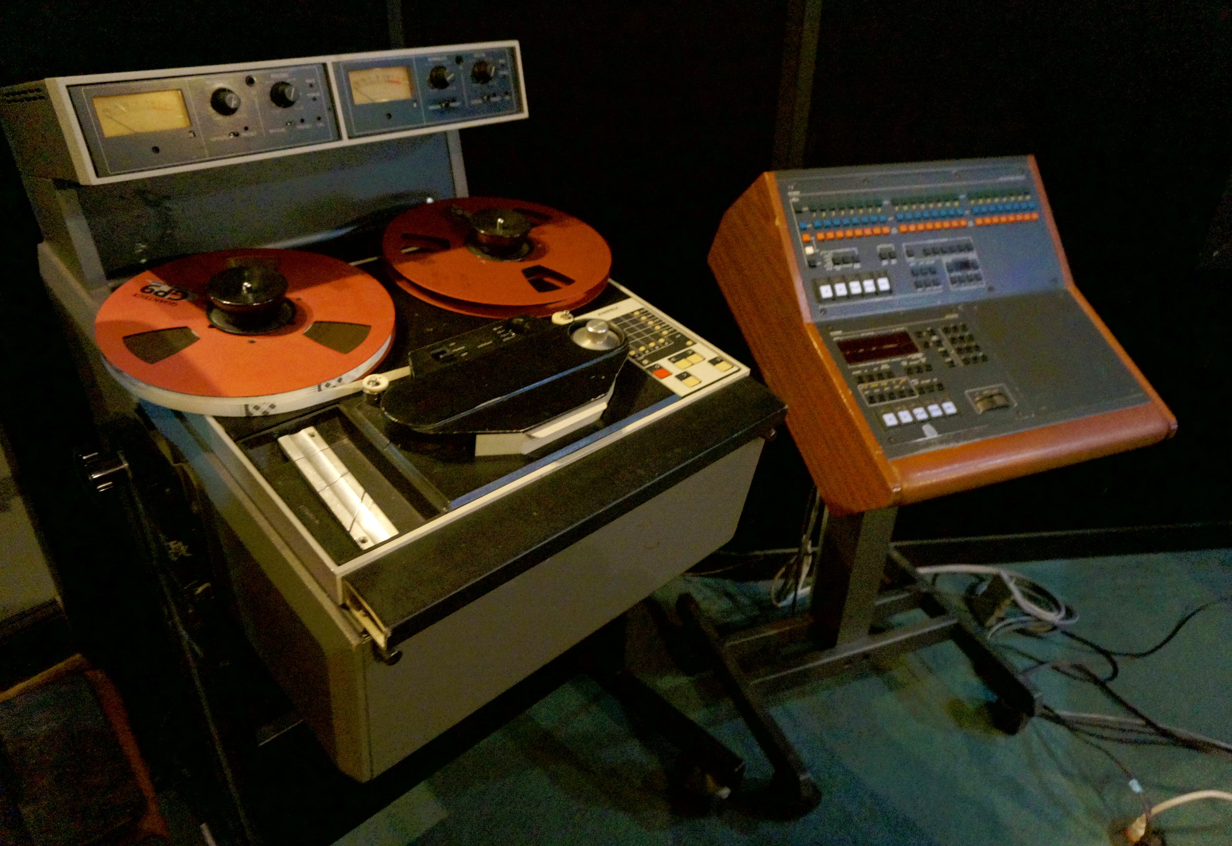 tape machine.jpg