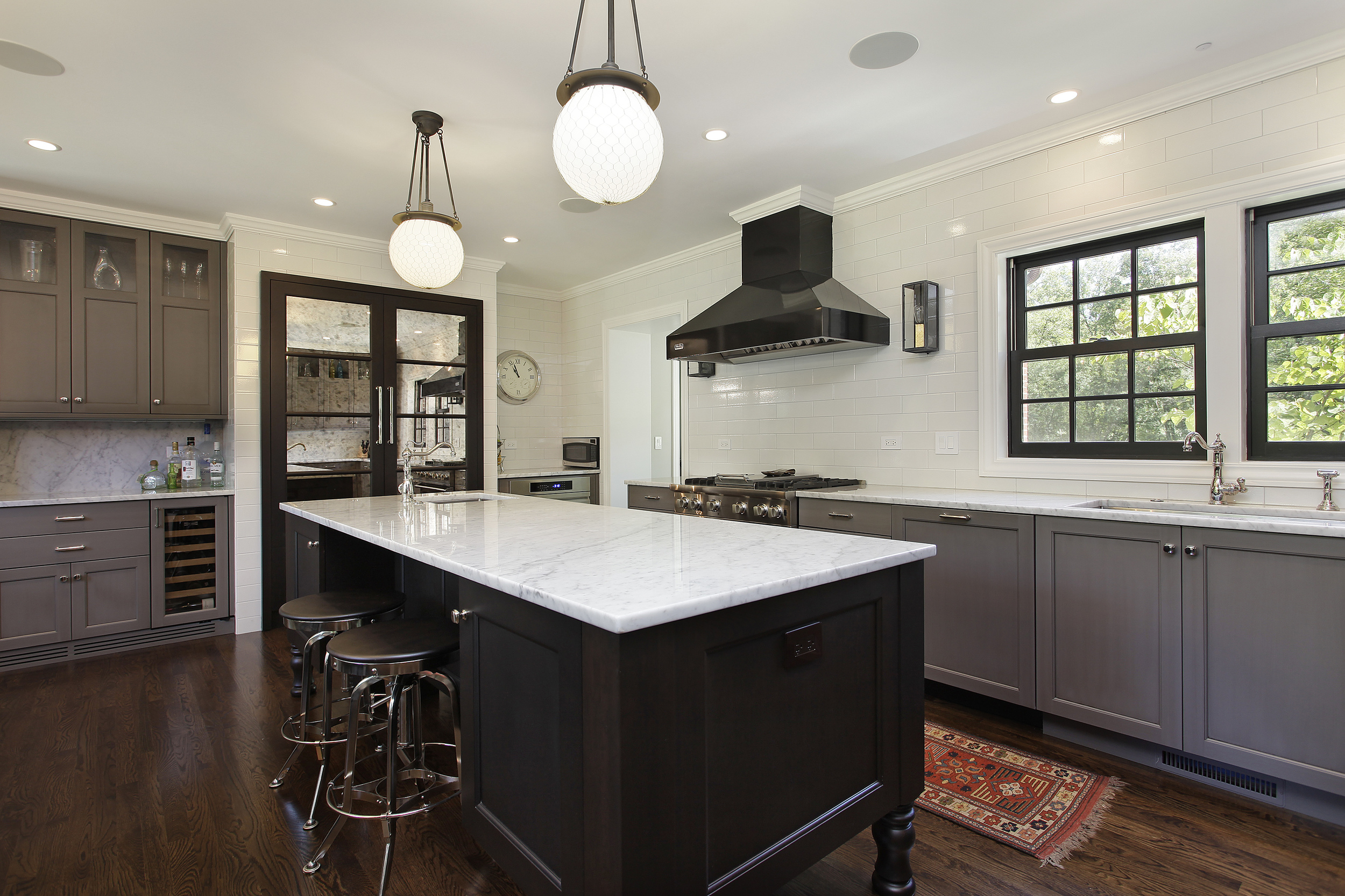 kitchen1_1730ridge.JPG