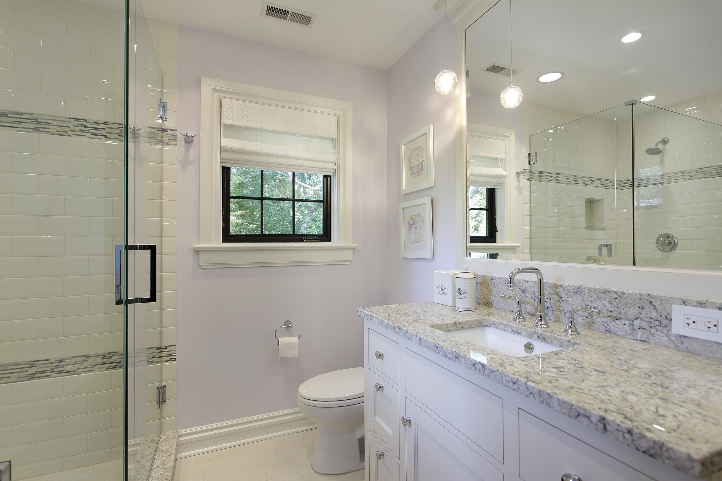 bathroom7_117belle.jpg