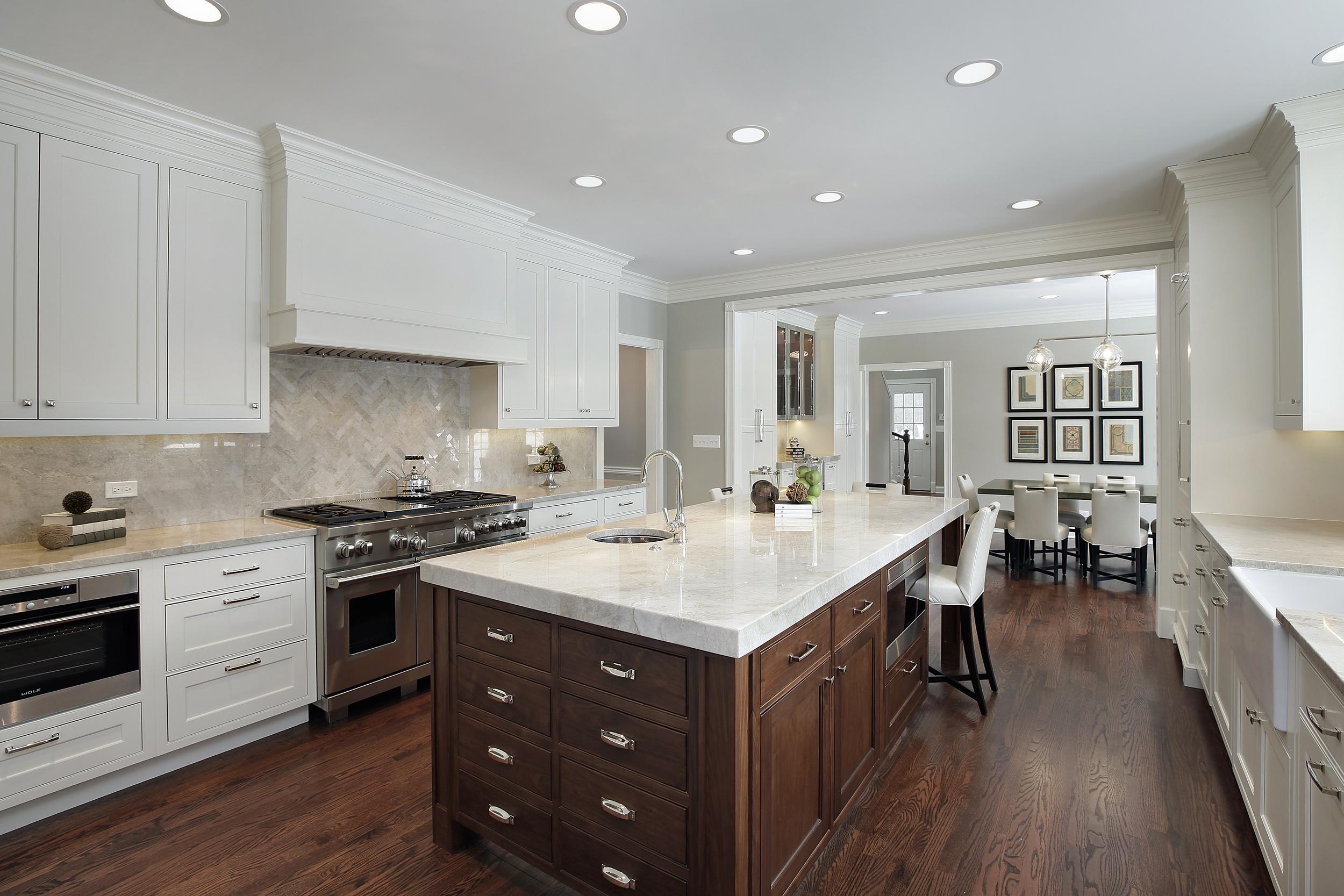 kitchen1_944lakewood.jpg