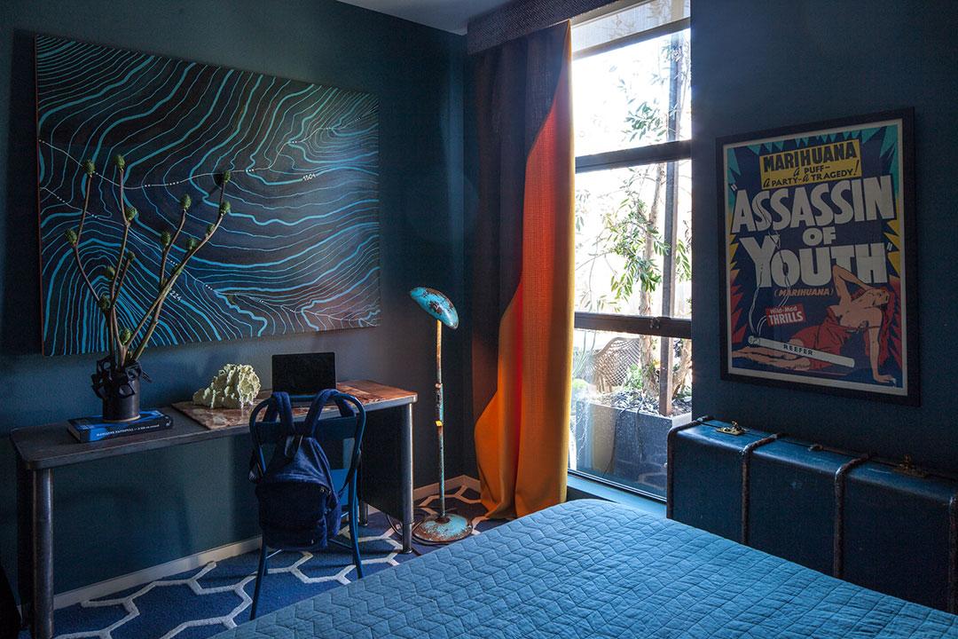 Bedroom in aquatic hues