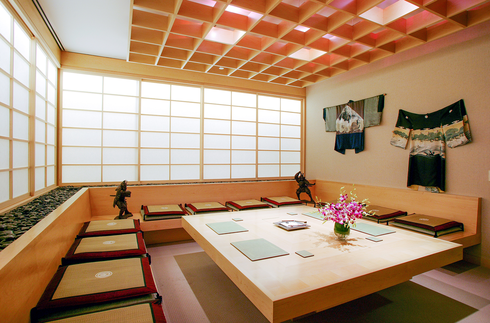Mandarina Studio :: Corporate office interior design