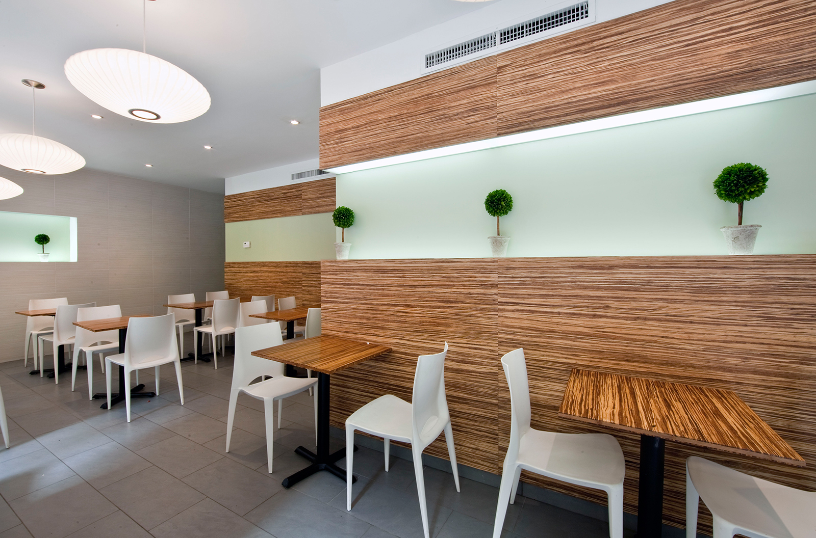 Mandarina Studio :: Calista Superfoods NYC commercial interior design contemporary bold