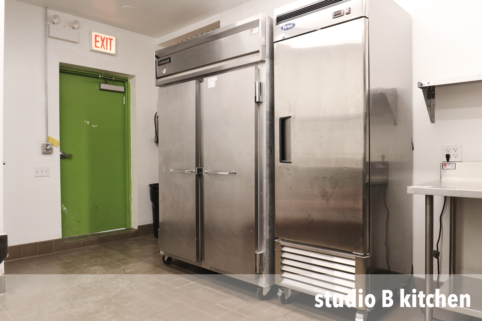 studio-B-kitchen-2.png
