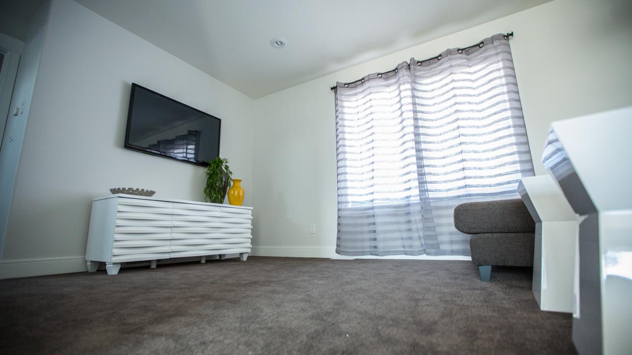 Teal Great Room 5.jpg