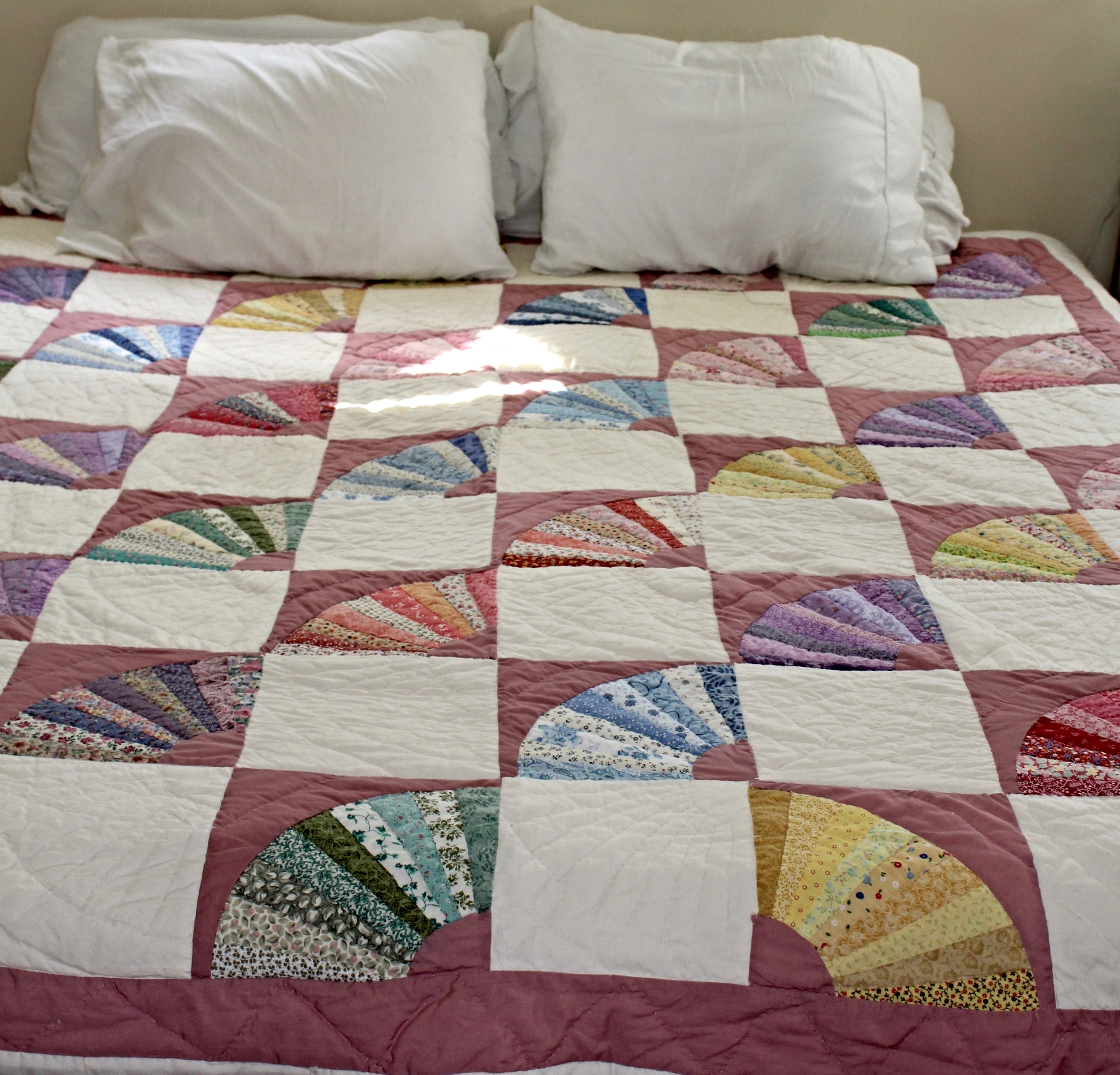 Pink + Ivory Fan Quilt