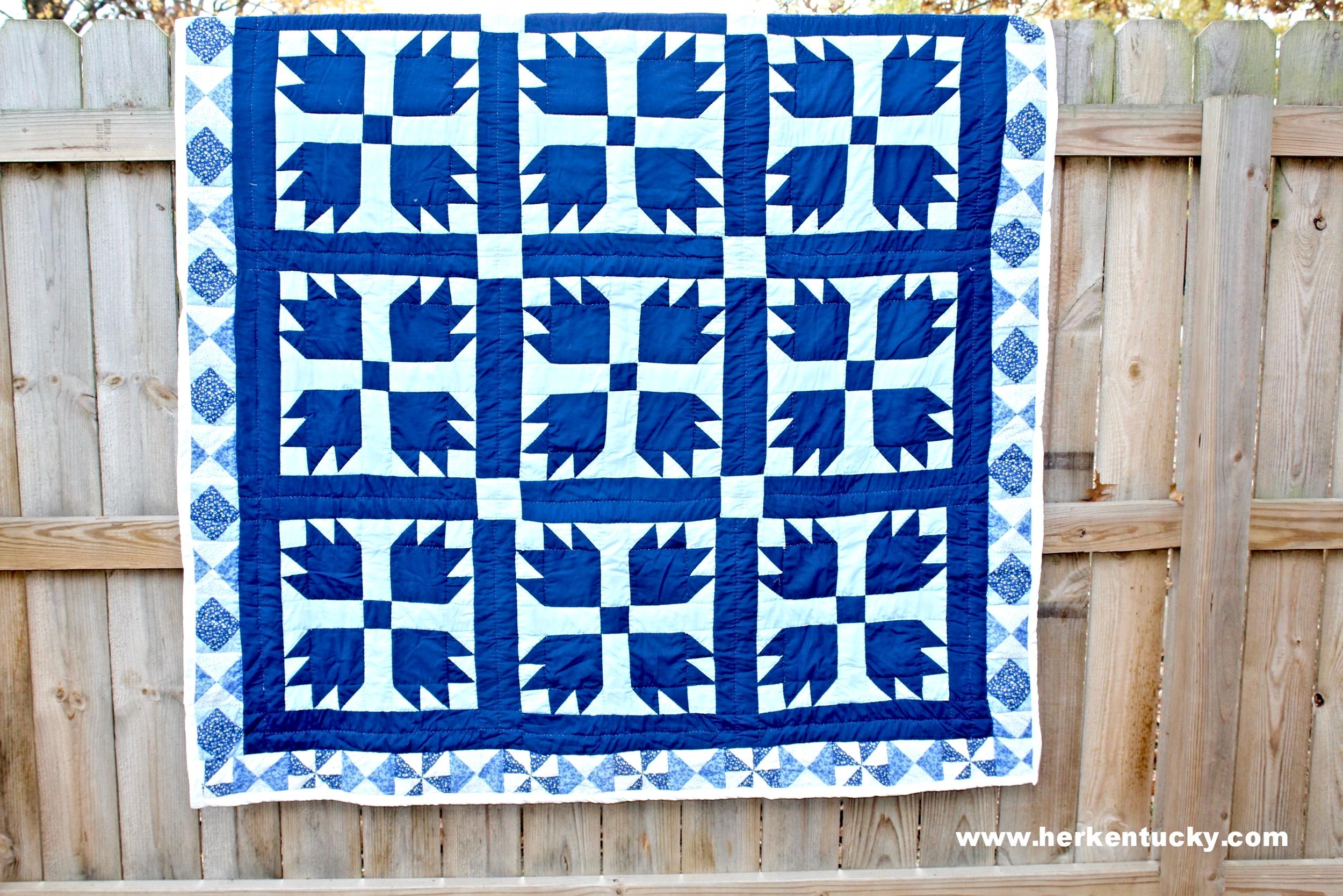 navy + blue bear's paw quilt | HerKentucky.com