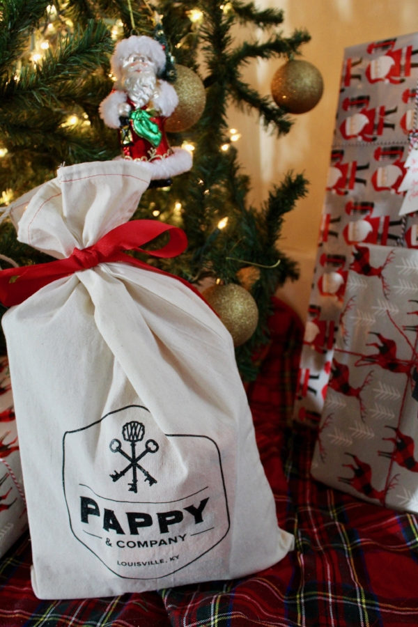 Pappy and Co Holiday Gift Bag
