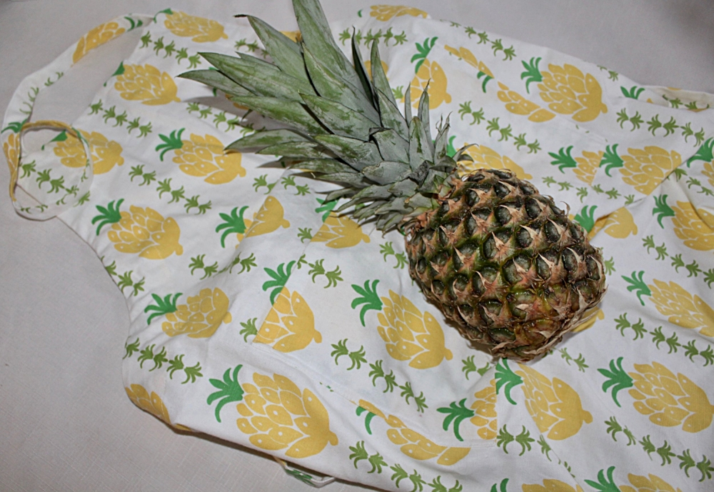 Pomegranate Inc Pineapple Print Apron