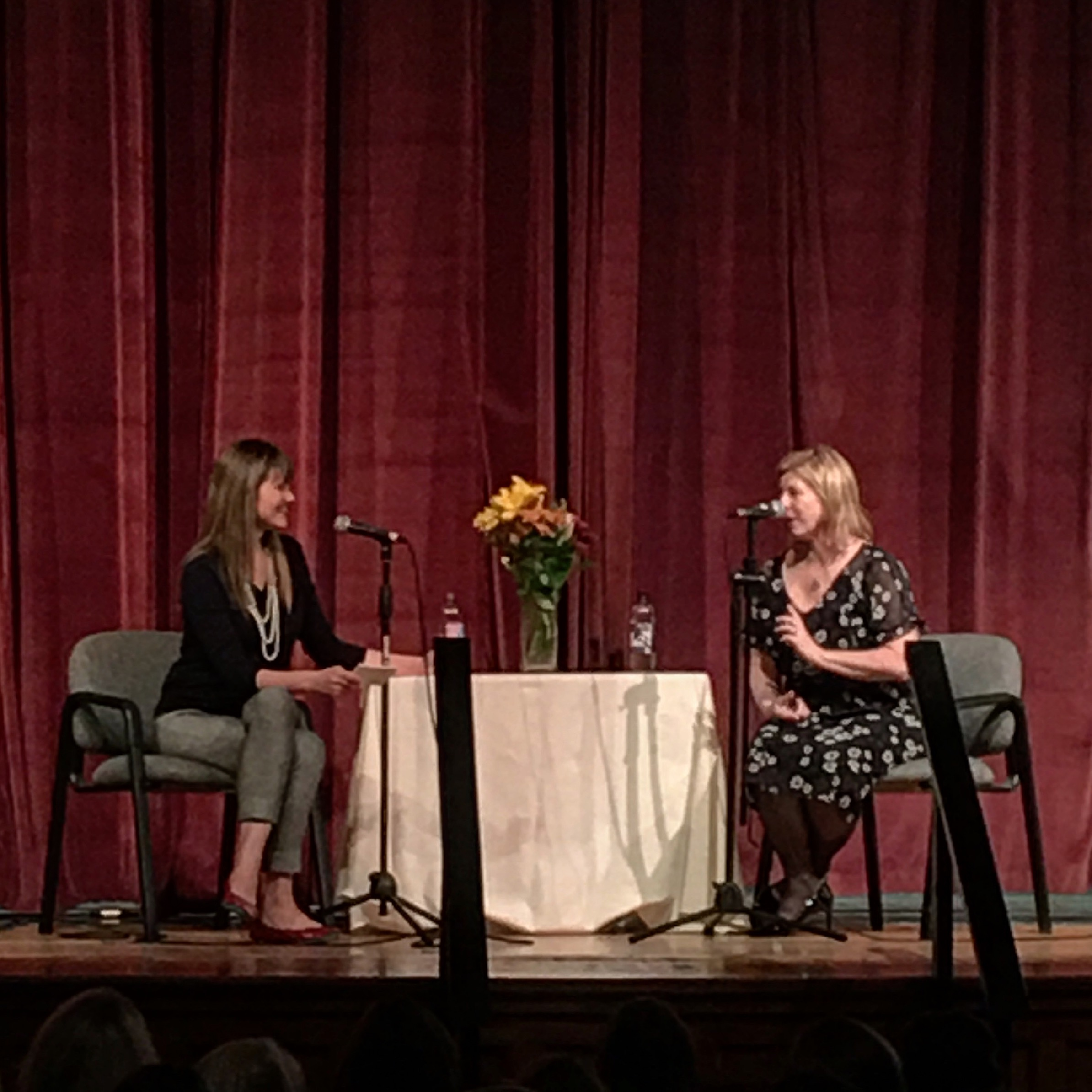 Liane Moriarty and Anne Bogel