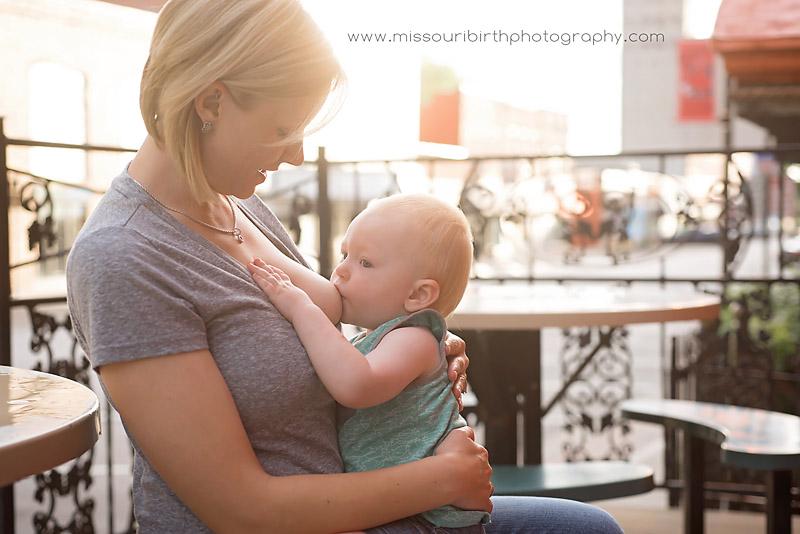 Kansas-city-breastfeeding-photographer