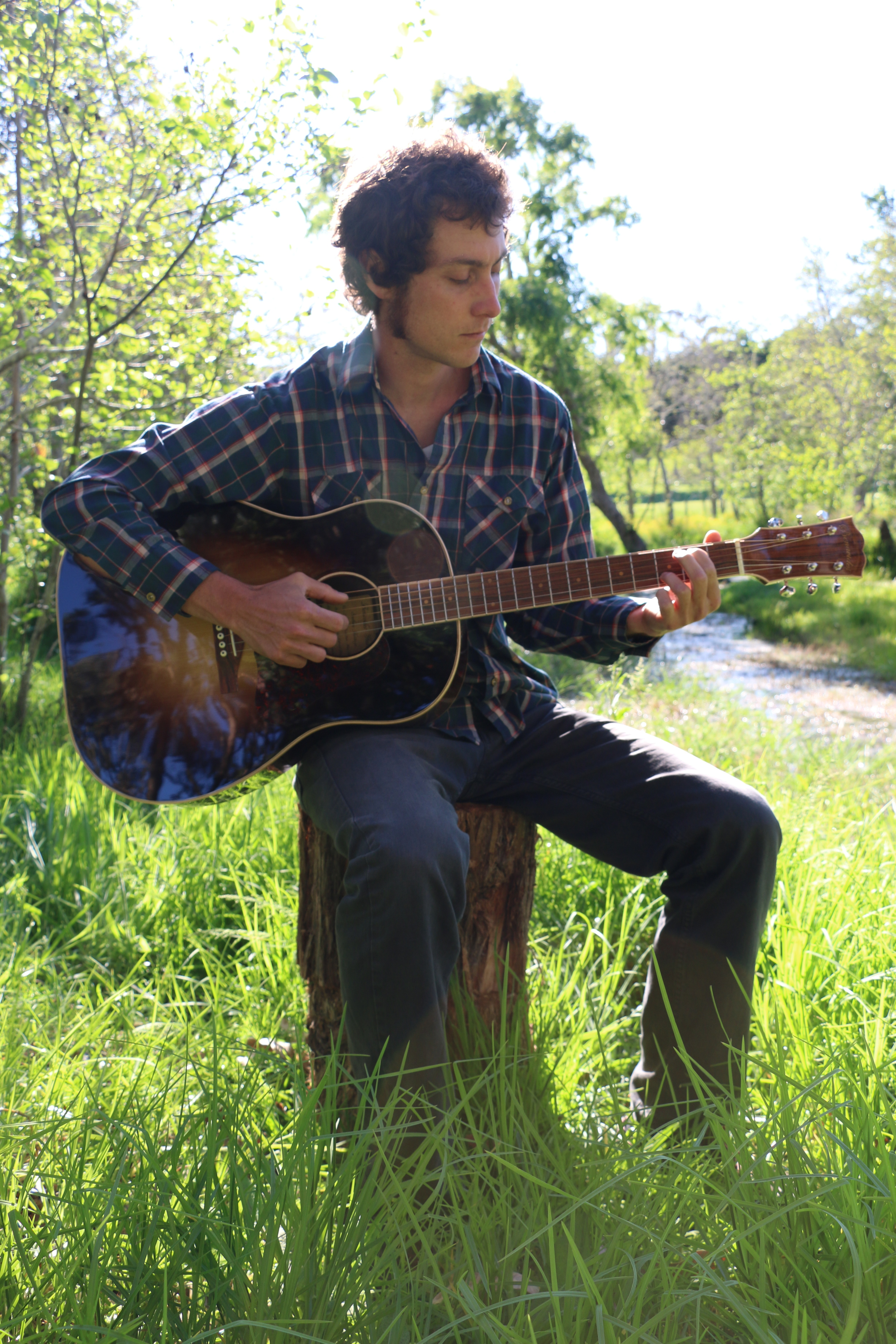 David Benavides playing guitar