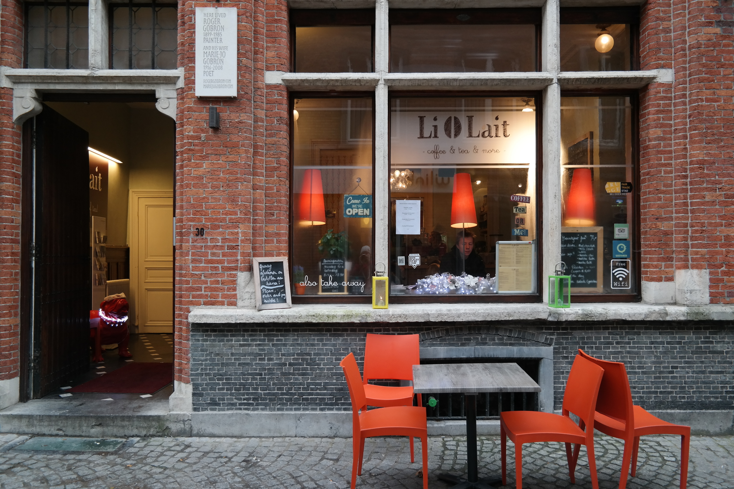 We'd recommend LiOLait if you're looking for a cozy breakfast, lunch, or afternoon coffee spot. Their food was delicious. And we were once again shocked by how well shop owners and workers speak English in Belgium.