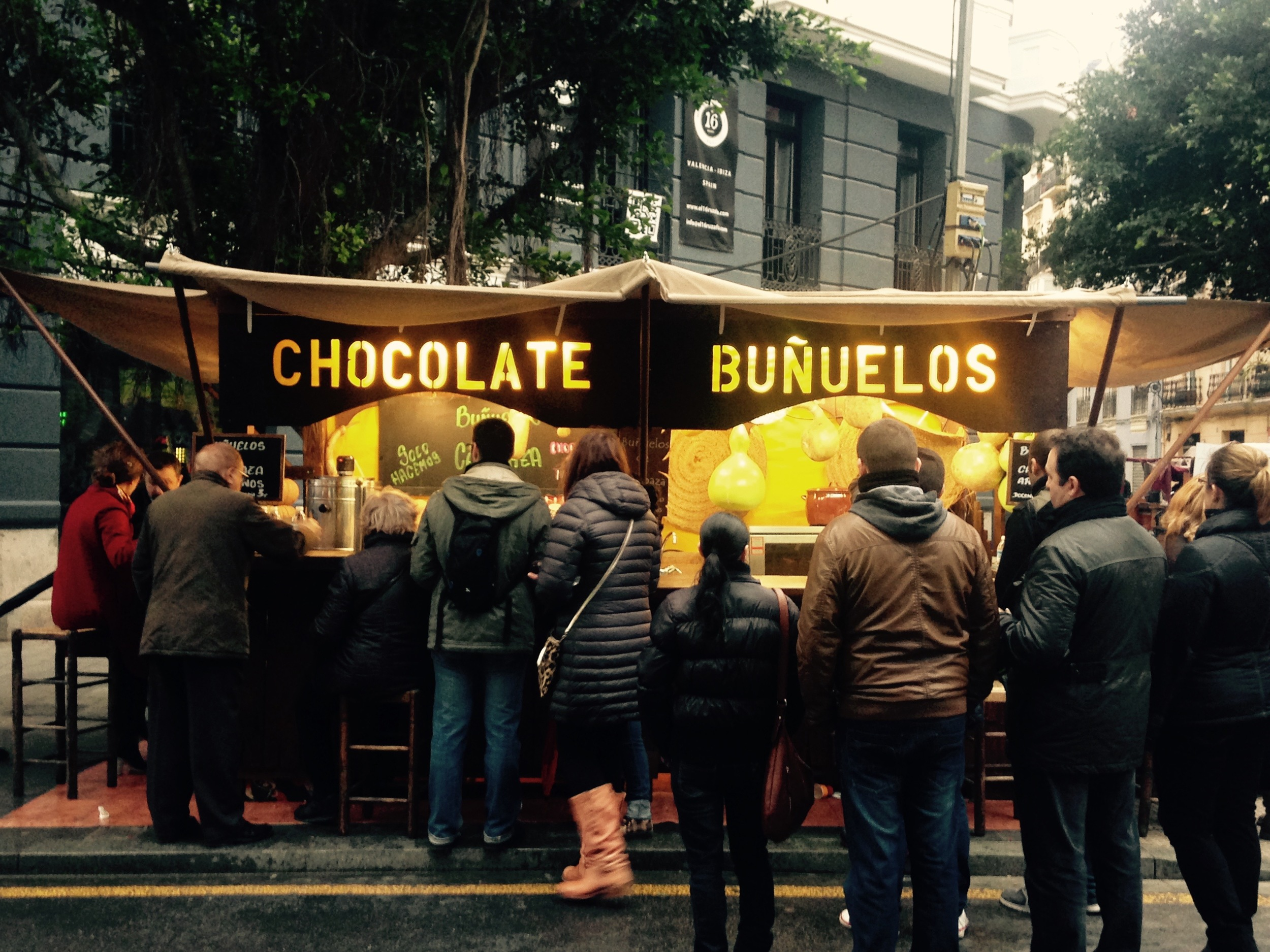 Whether you want hot chocolate, gooey buñuelos, or churros (or all three), you were never 10 feet from a stand to hook you up with the sweet stuff.