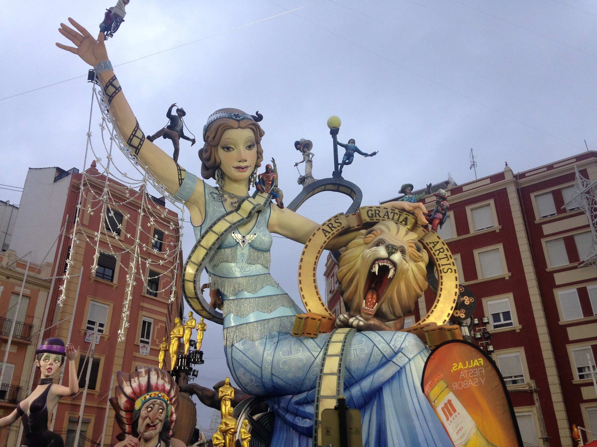 This was an incredible falla that was enormous, intricate,and beautiful, a representation of the movies.