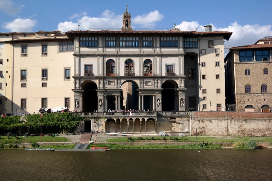 You get a perfect view of the Uffizi Gallery when you eat at  Signorvino .