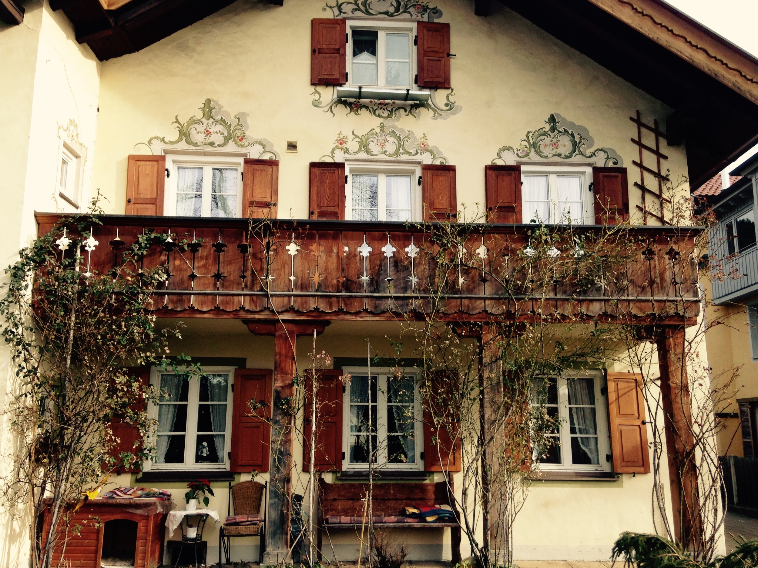 I've chosen my dream Bavarian house and I CHOOSE THIS ONE.