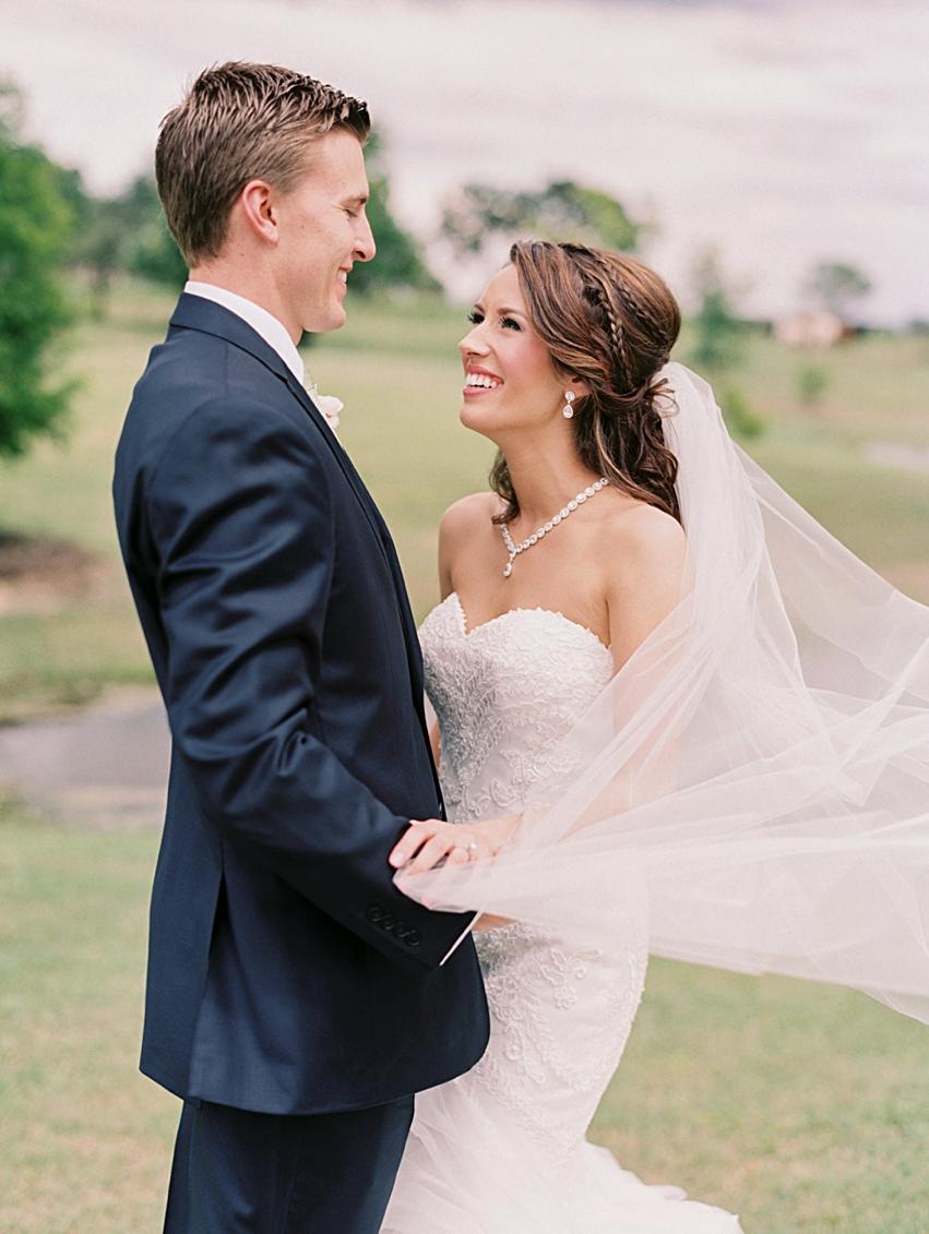 Lone Oak Barn Wedding Photography