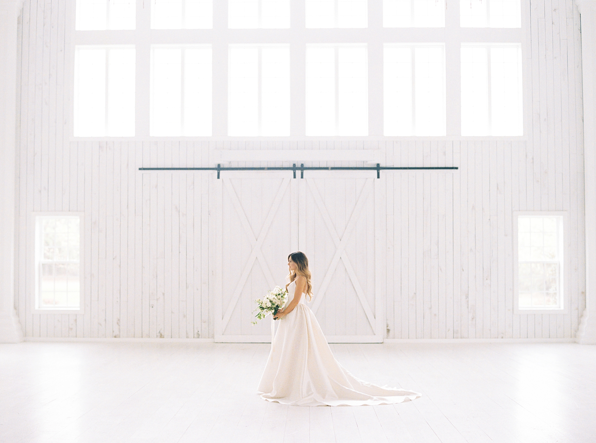 White Sparrow Barn Bridal Portraits Kelsey