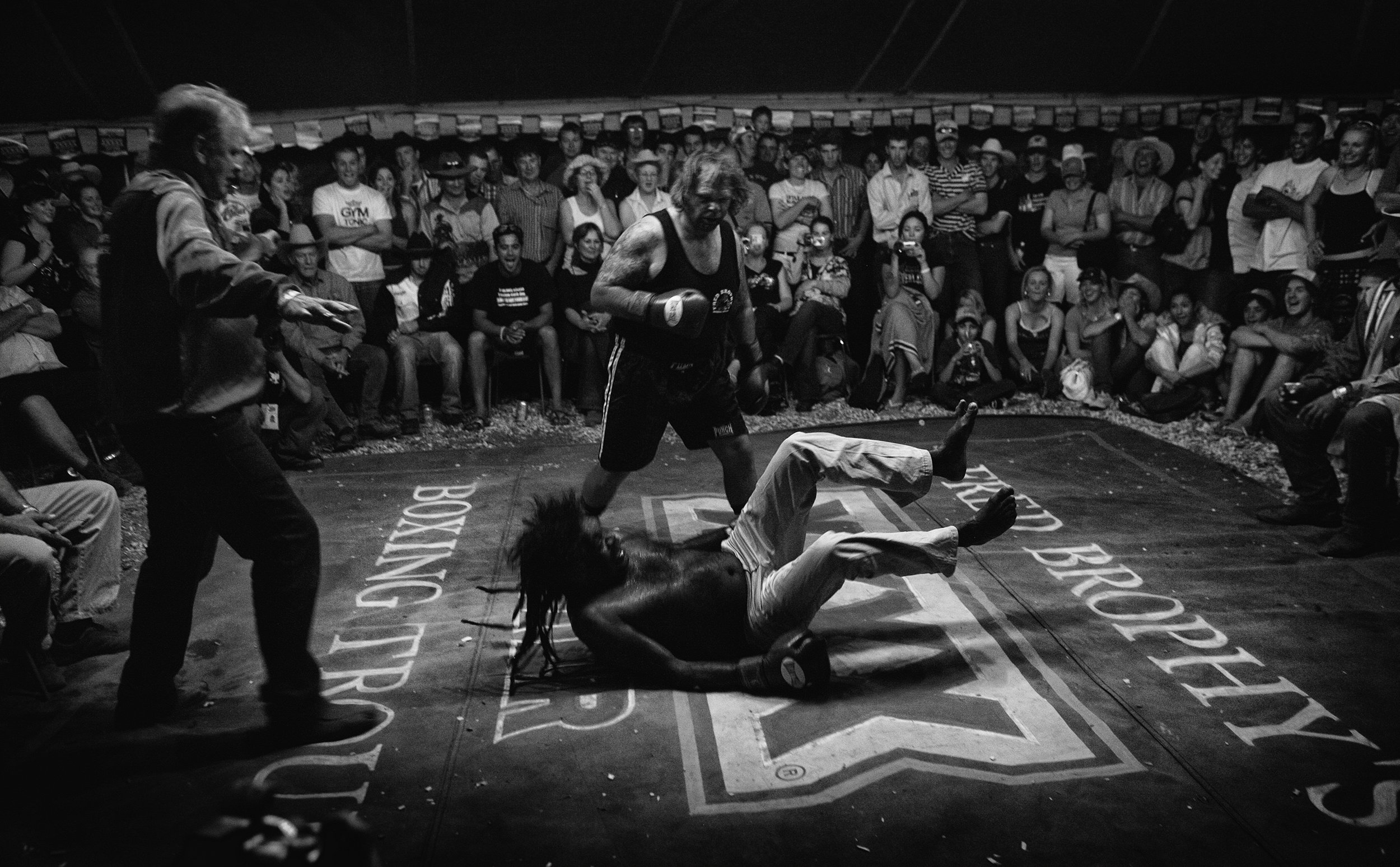 Ringside with Fred Brophy Tent Boxing at Mt Isa                   ©Russell Shakespeare