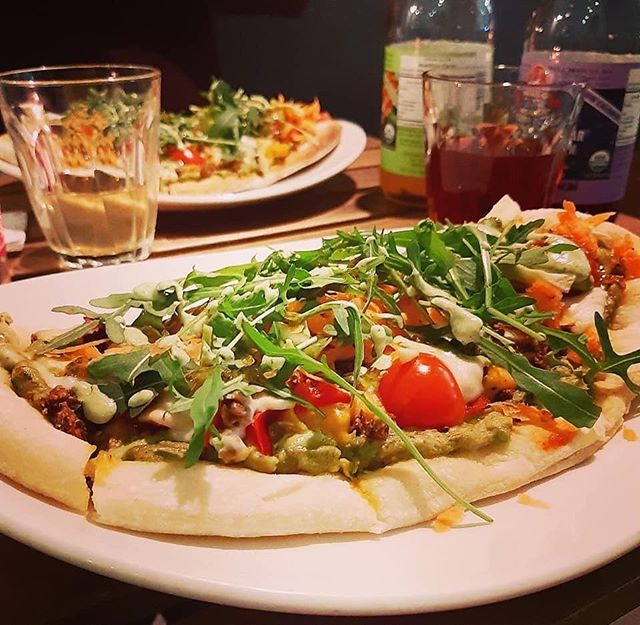 Our gluten free pizza night 🤤 📸 @dear_food_diary_x 🙏🏽