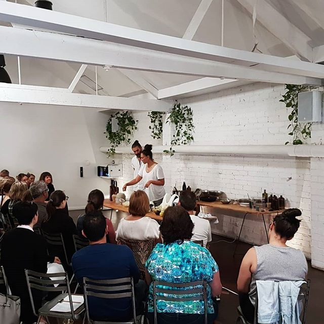 🌿 WORKSHOP || A big thank you to all those that attended our Intro to Plant-Based Eating Workshop yesterday! It was such a pleasure sharing knowledge, answering your questions, encouraging a more healthier way of living and enjoying the recipes with you. We hope you all enjoyed and it helps you along in your plant-based journey. @holistichealthnut Photos featuring Almond banana milk Dulse mushroom broth