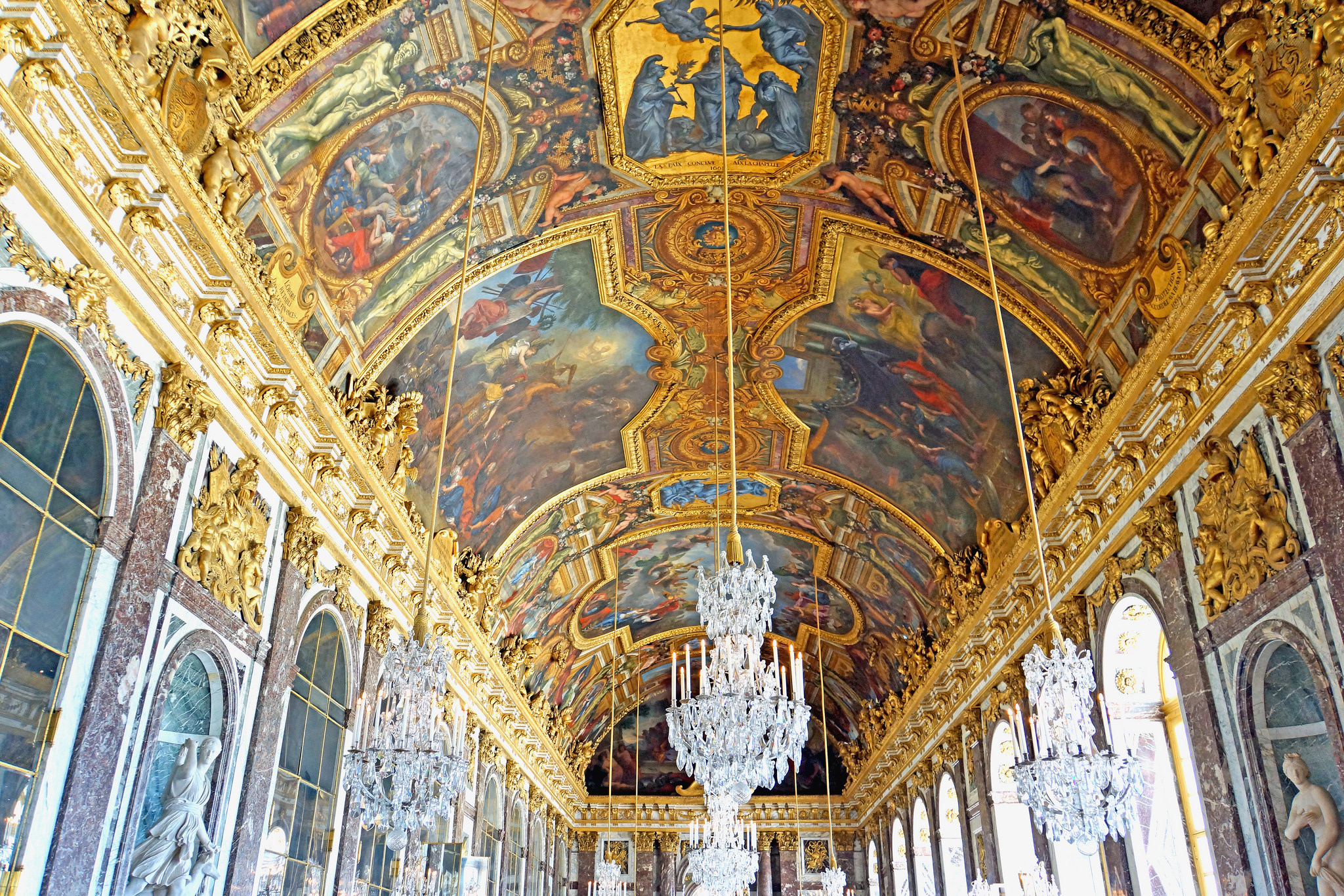 Hall of Mirrors in France (C)  Dennis Jarvis