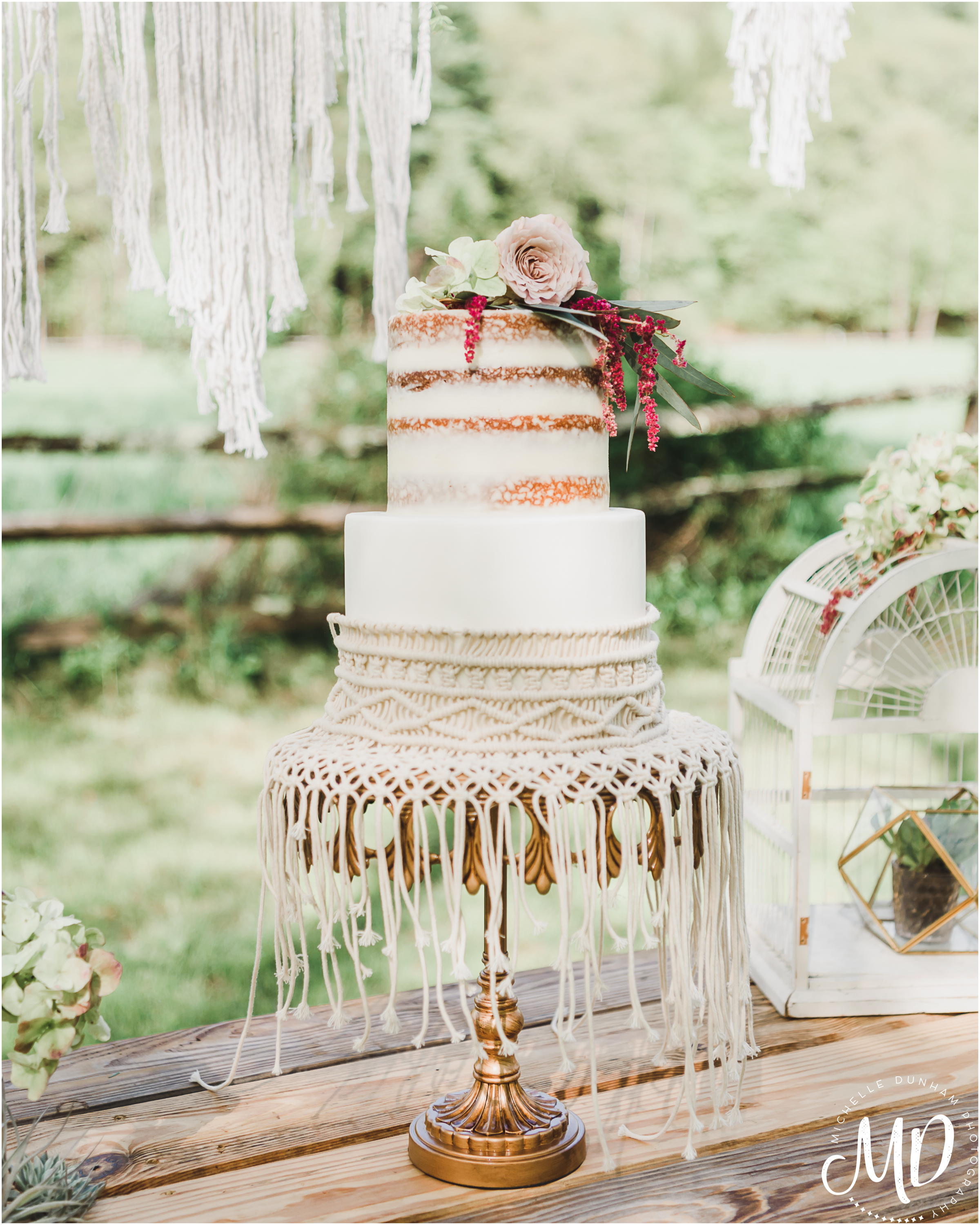 Michelle Dunham Photography_Boho_WeddingCake_2.jpg