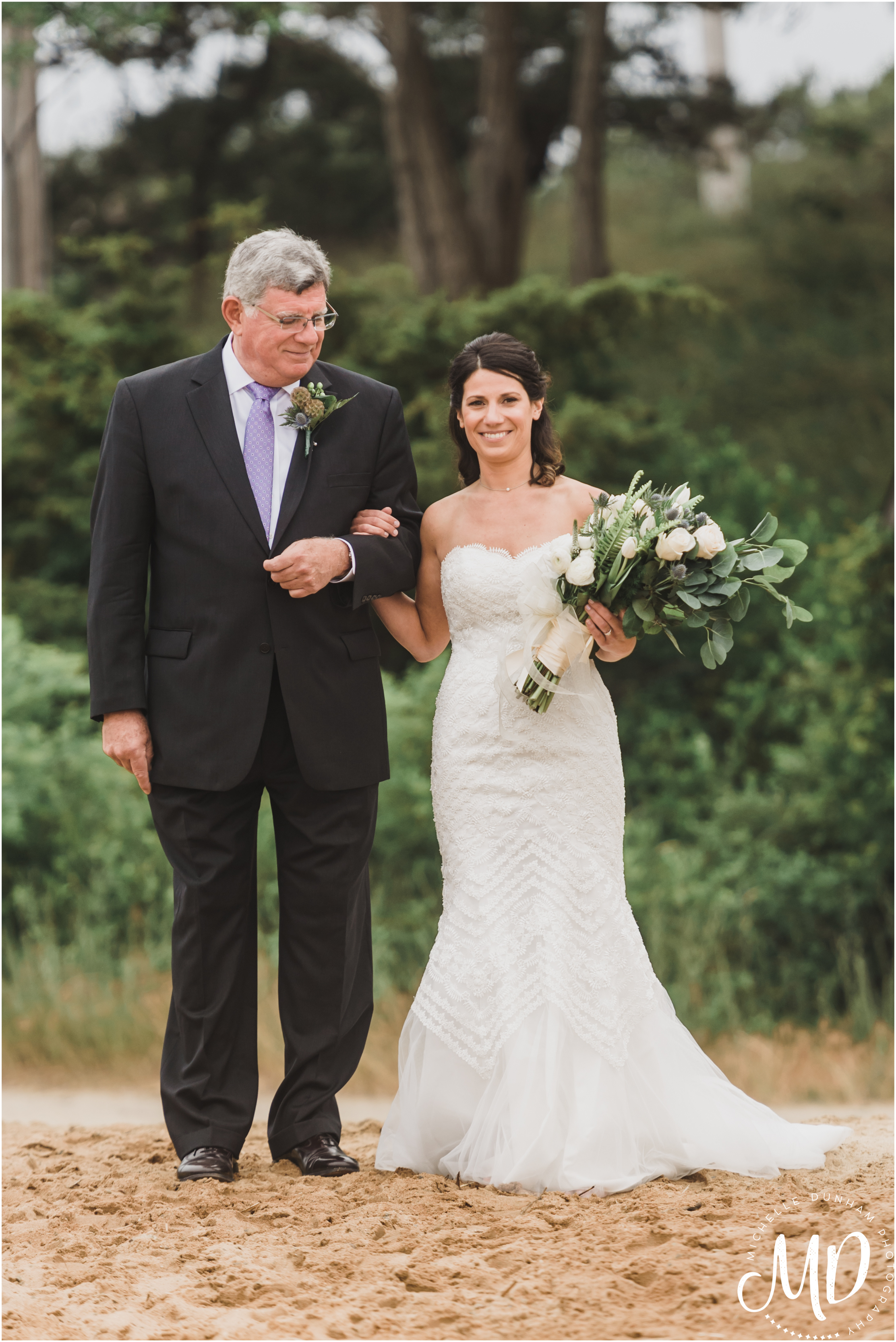Chequessett_Ceremony_Bride_Father-2.jpg