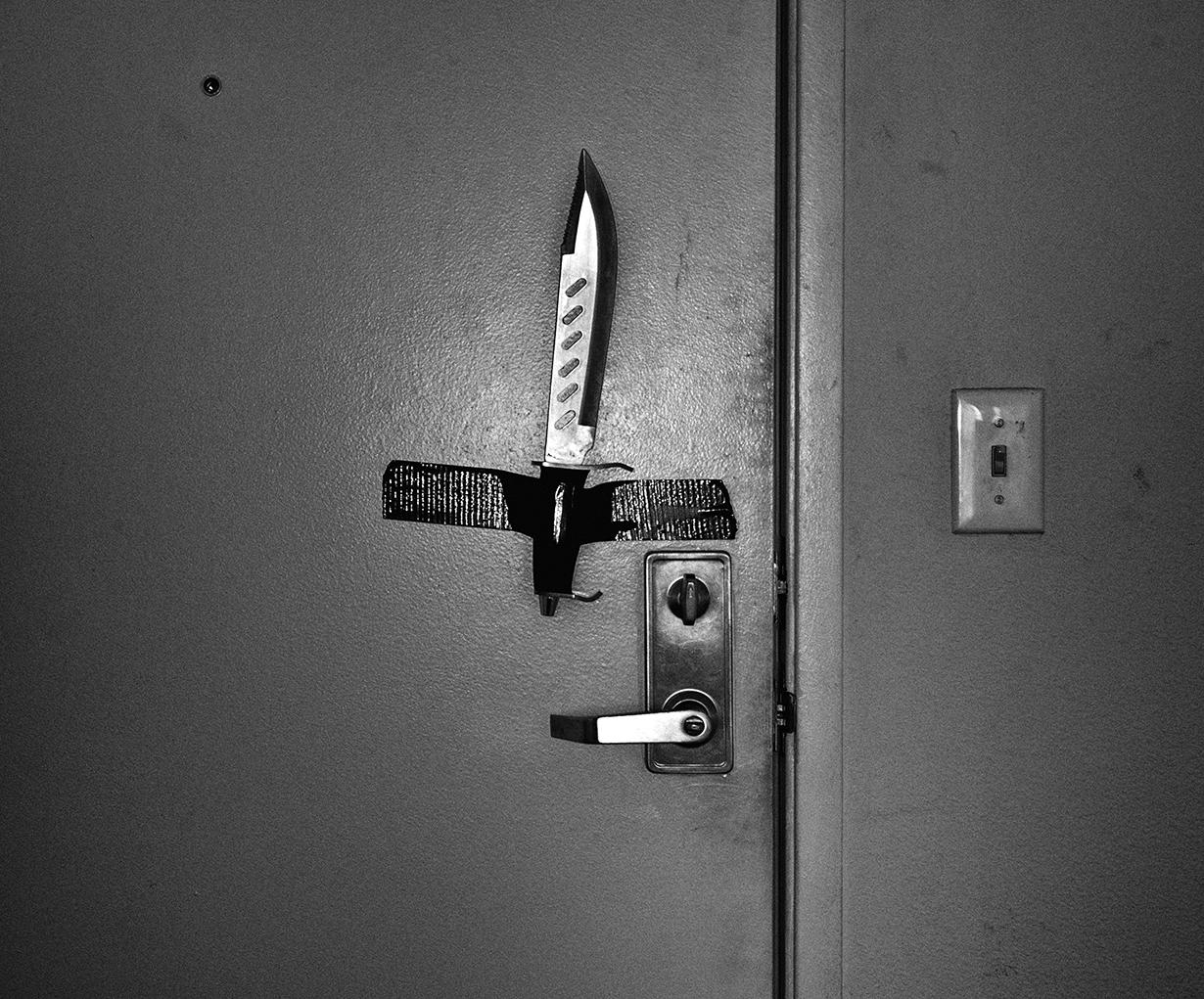 knife_door_web.jpg