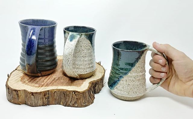 Some freshies outta the kiln! 🔥☕😎 I love making big mugs, and I love big handles even more 💞 Which one's your favorite? These and more will be for sale at the Fall for the Arts Festival in Chestnut Hill on the 29th of September 😊🙏💚 . . . #mugshotmonday #muglife #lovehandles #muglove #mugshot #mugs #ceramics #handmade #fresh #bigmug #handmadewithlove #clay #ceramics #handmade #artist #harrisonbowenstudios #art #craftshow #makersmovement #makersmonday #create #makersgonnamake #createsomething #wheelthrownpottery