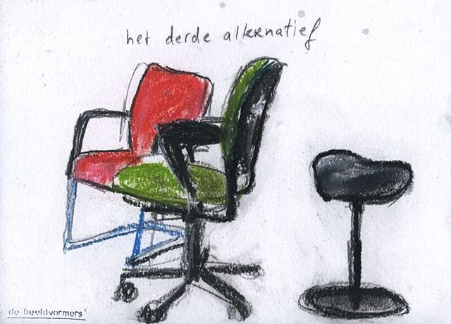 'Het derde alternatief' #debeeldvormers #openstellen #accepteren #geencompromissen #dehaagsehogeschool #anderepositie #bureaustoel #meermogelijk #stoelendans #alternatief #derde