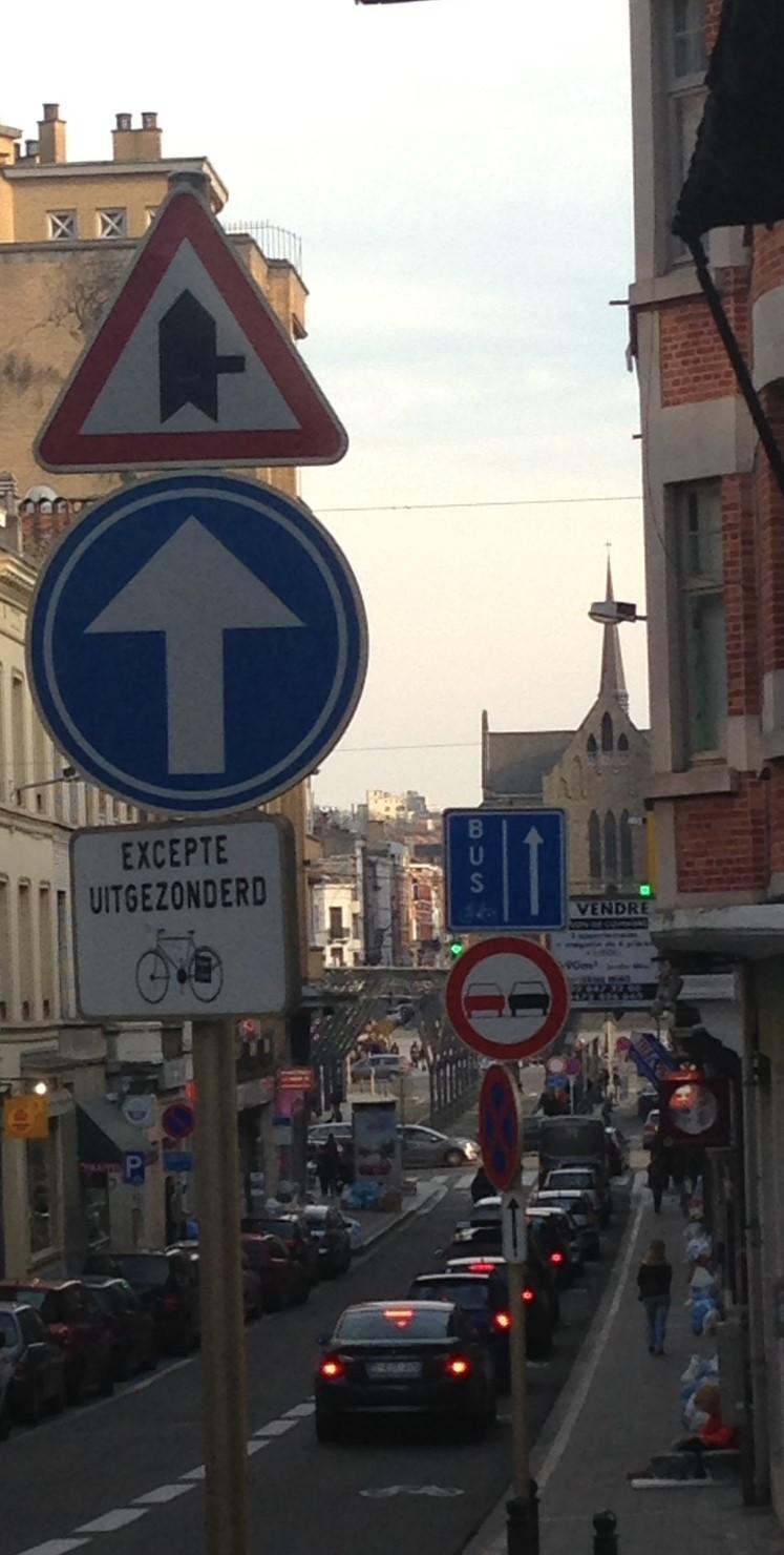 street signs on Ch d'Ixelles.JPG