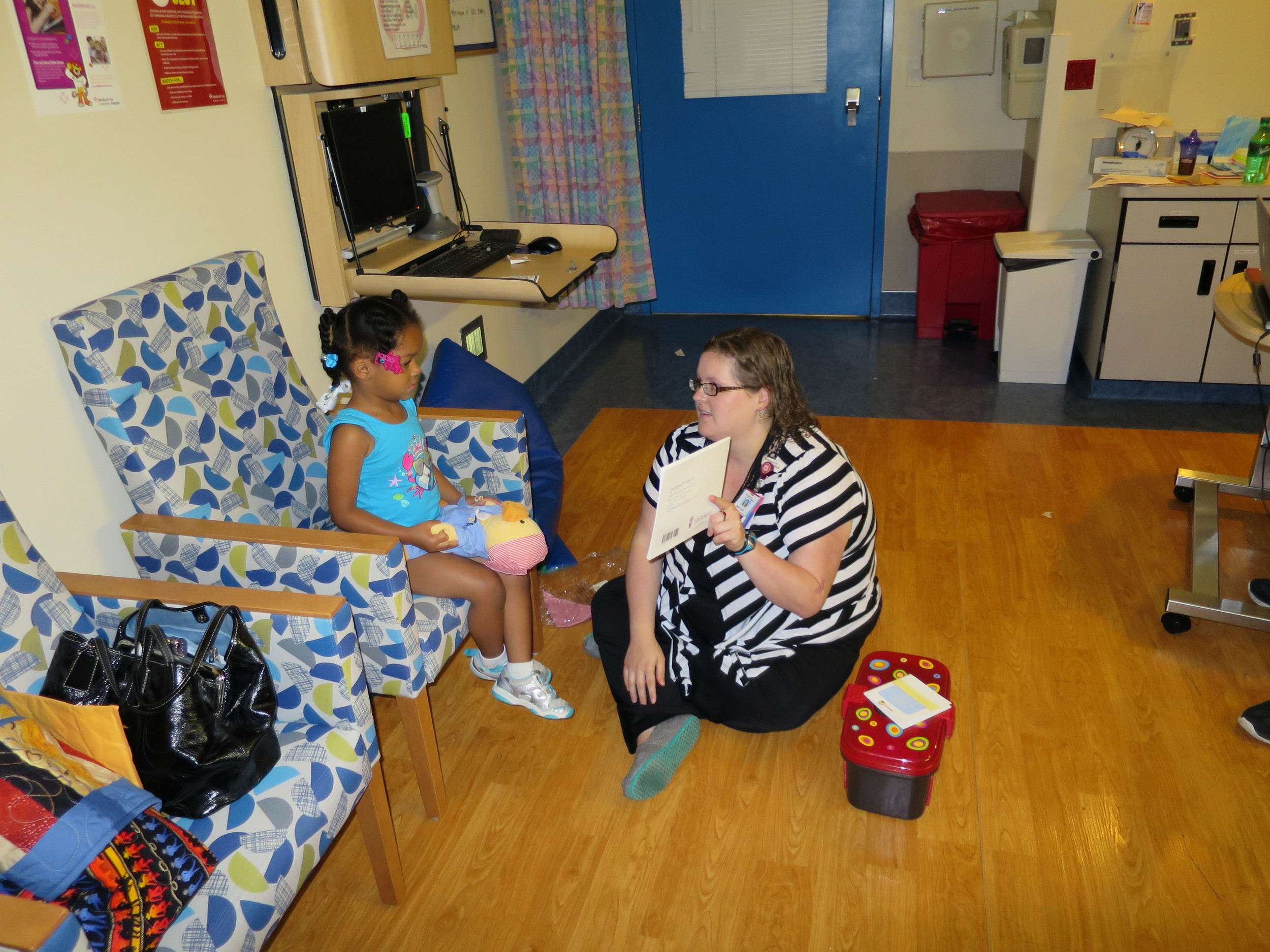 Day 5: Laurel and the Child Life Specialist