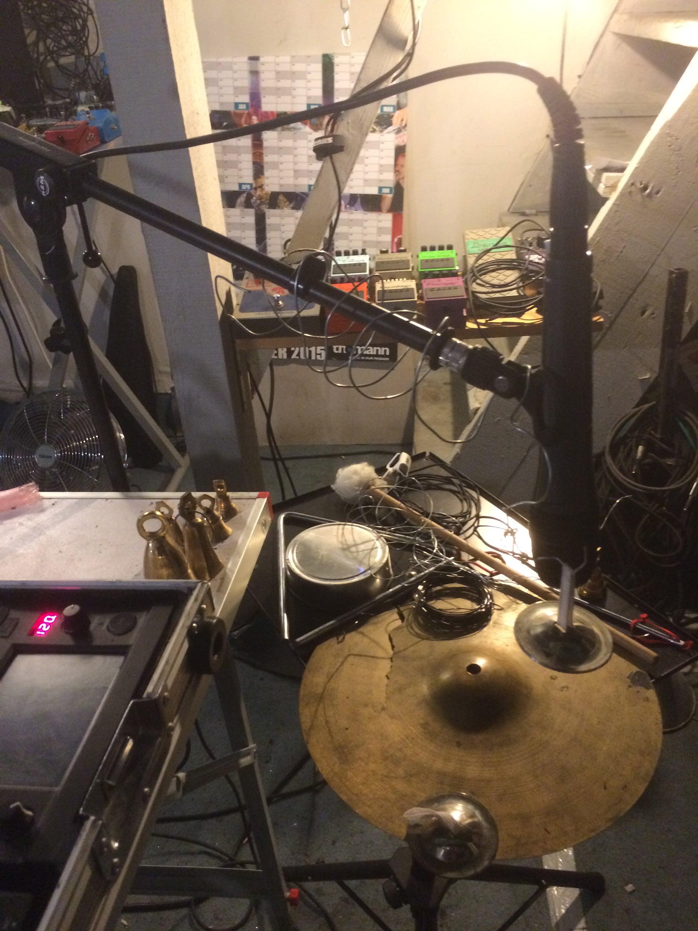 cymbal/metal/bells set up