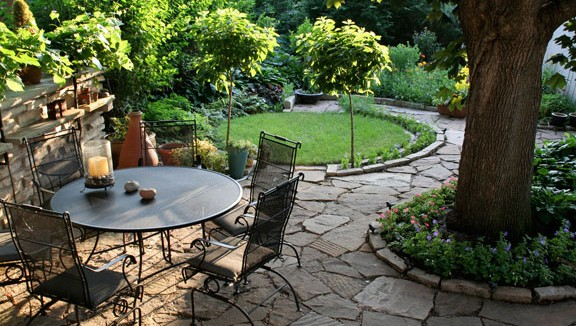 "Good landscaping can add up to 28% to the overall value of a house, says landscape economist John Harris, and cut its time on the market 10% to 15%. Even taking your landscaping to the next level, upgrading from ""good"" to ""excellent,"" in terms of design, condition, and placement, can add 6% to 7% to a home's value, according to a Clemson University study.  http://www.cnyhomeexpo.com/landscaping-can-result-in-more-than-a-100-return-on-investment/"