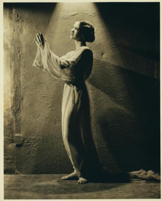 Nickolas Muray. Isadora Duncan.